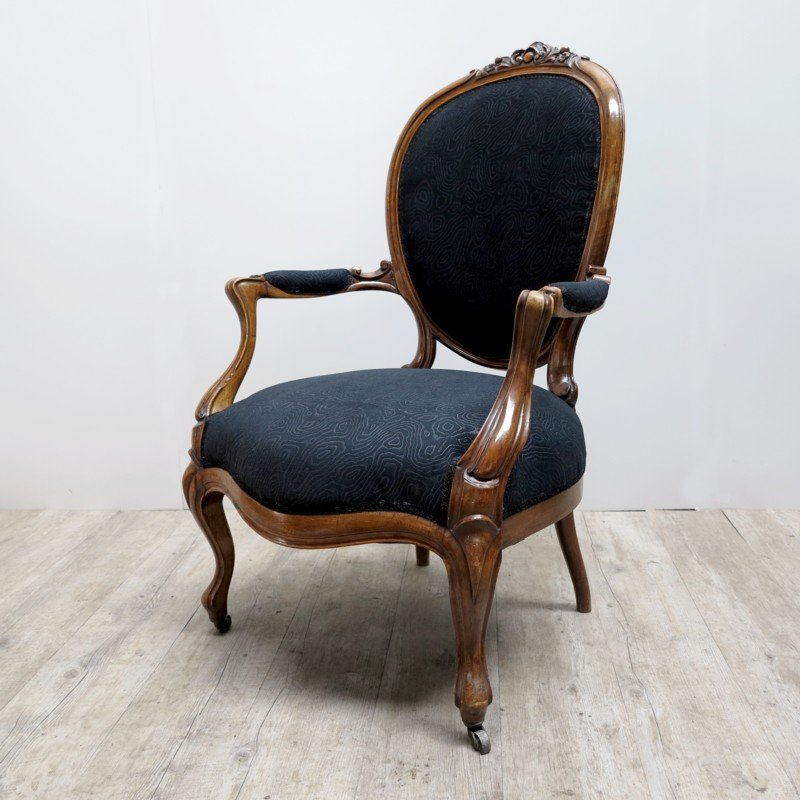 fauteuil avec tissu d 39 ameublement noir france 1880s en vente sur pamono. Black Bedroom Furniture Sets. Home Design Ideas