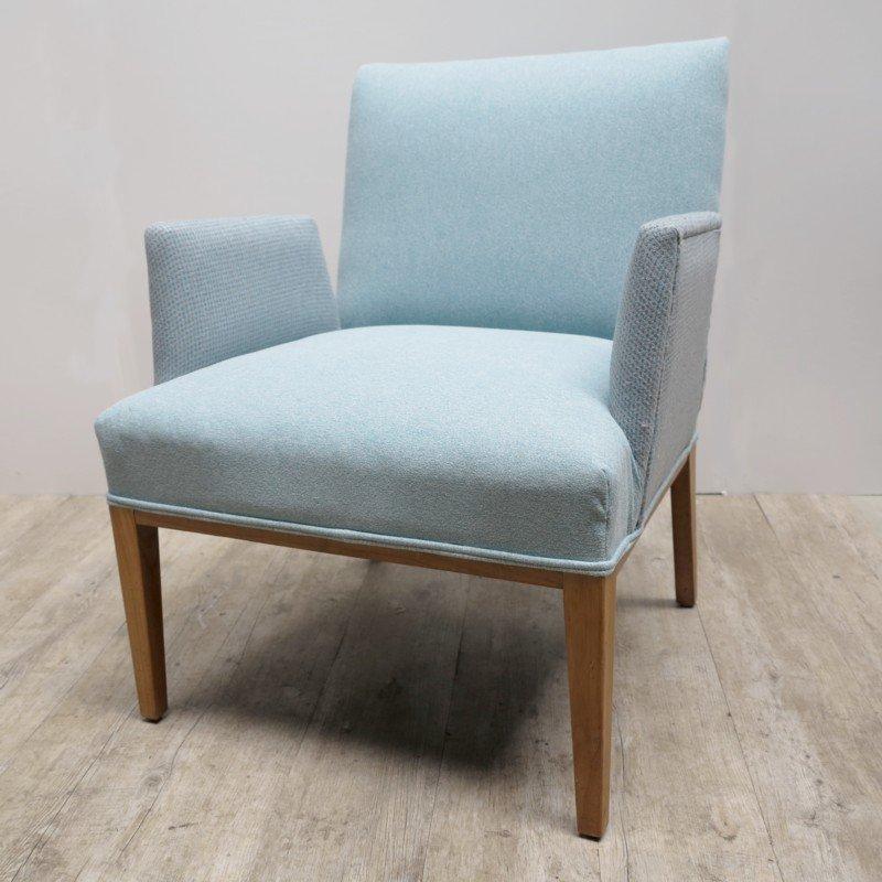 Skandinavischer Sessel Mit Freistehenden Armlehnen, 1950er