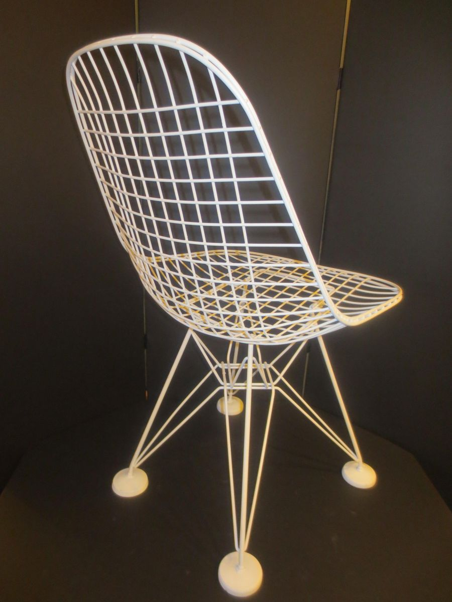 Eames plastic side chair wire base charles and ray eames herman miller - Dkr Wire Chair By Charles Ray Eames For Herman Miller 1951