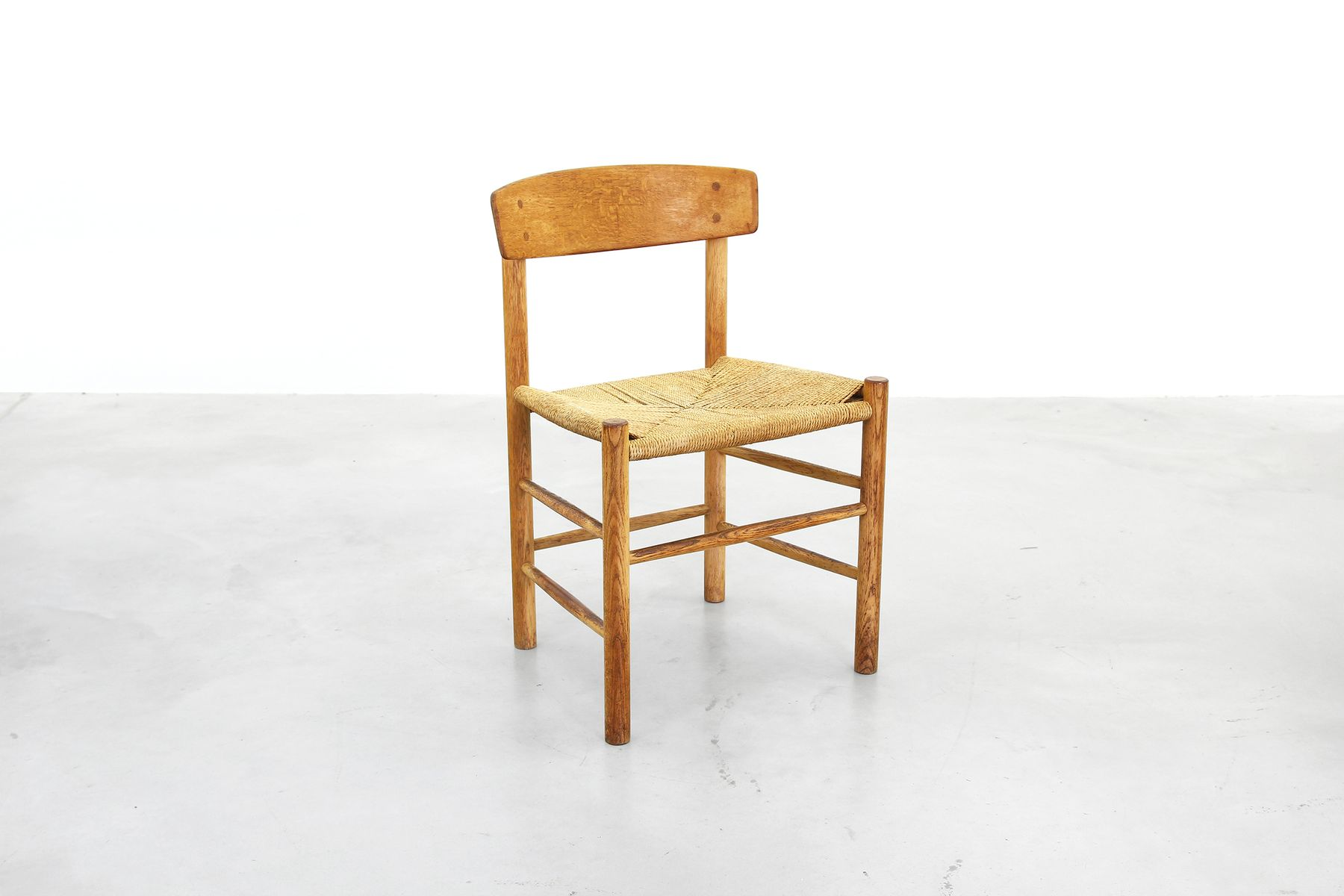 Chaises de salle manger j39 par b rge mogensen pour for Salle a manger 1960