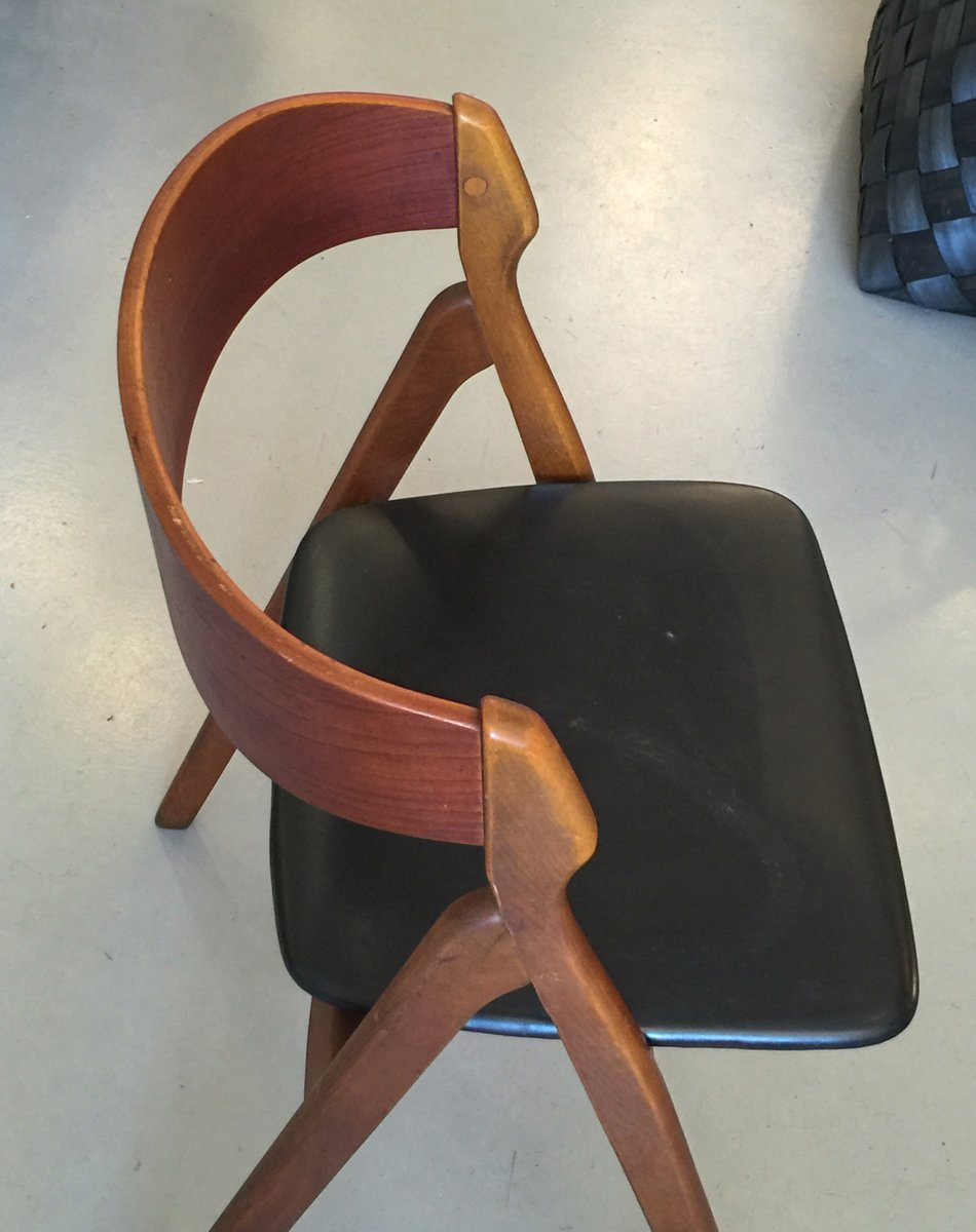d nischer vintage stuhl aus teakholz von kai kristiansen 1950er bei pamono kaufen. Black Bedroom Furniture Sets. Home Design Ideas