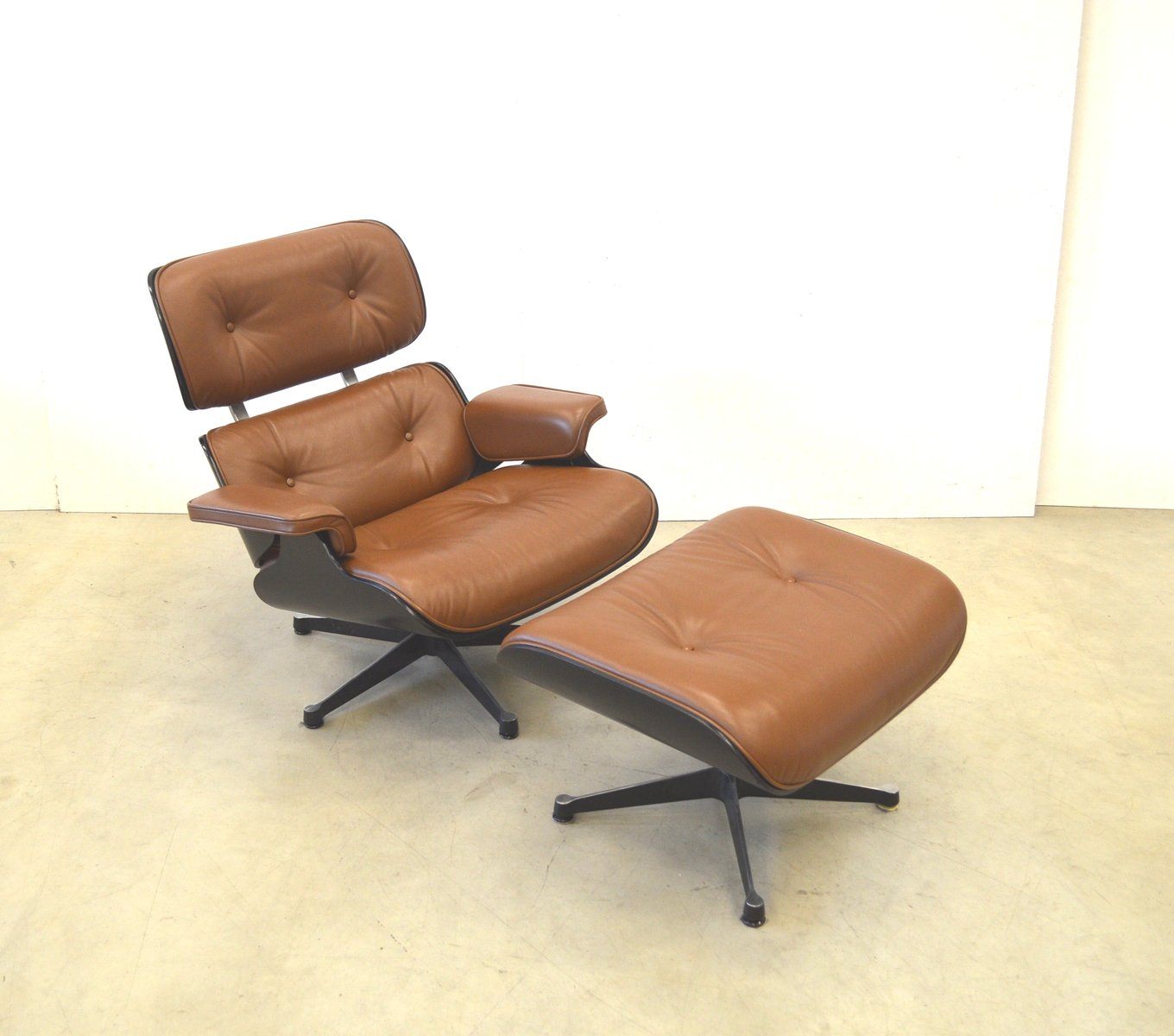 Mid Brown Leather Lounge Chair Ottoman By Charles Ray