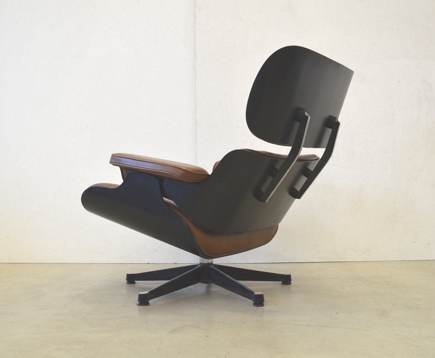 lounge chair by charles ray eames for vitra 1970s for sale at pamono. Black Bedroom Furniture Sets. Home Design Ideas