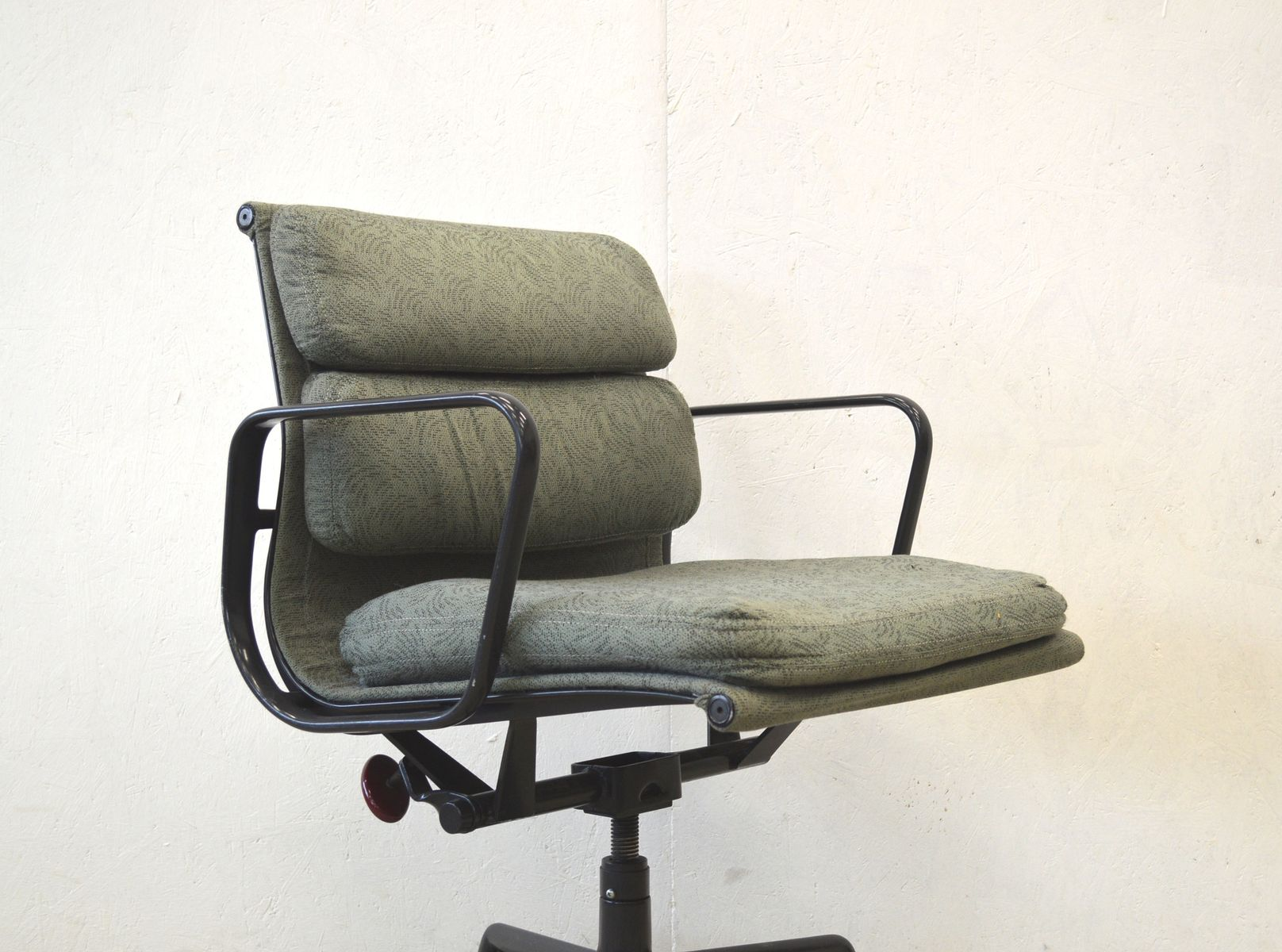 american ea217 aluminum office chair by charles ray