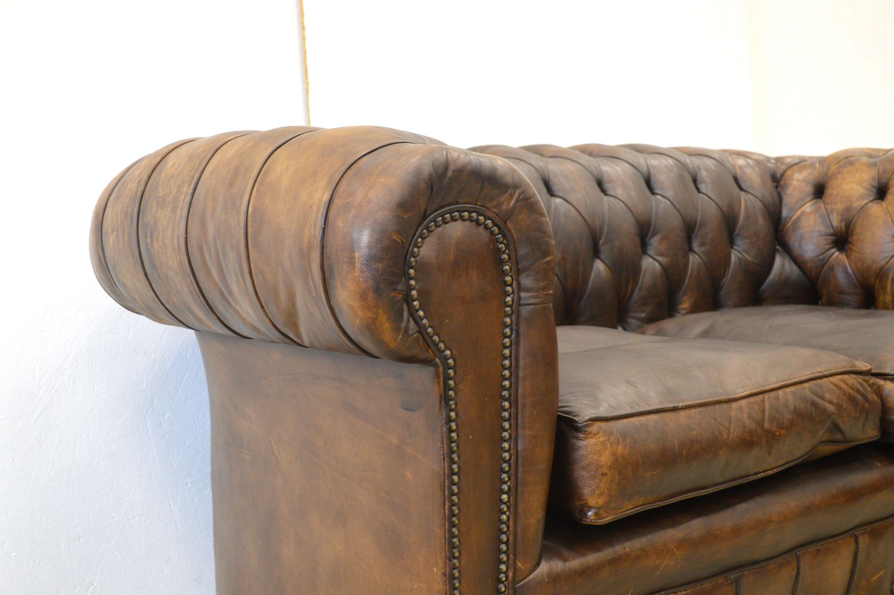 Vintage English Dark Brown Leather Chesterfield Two Seater Sofa 1960s For Sale At Pamono