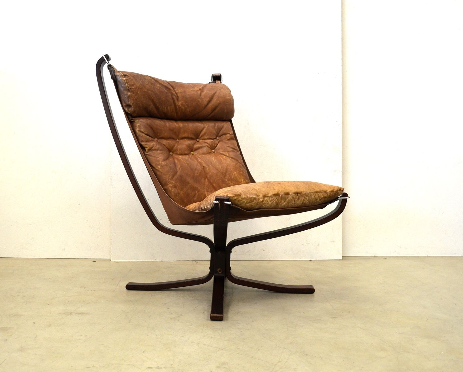 Norwegian Falcon Lounge Chair by Sigurd Ressell for Vatne Mobler, 1974 for sale at Pamono