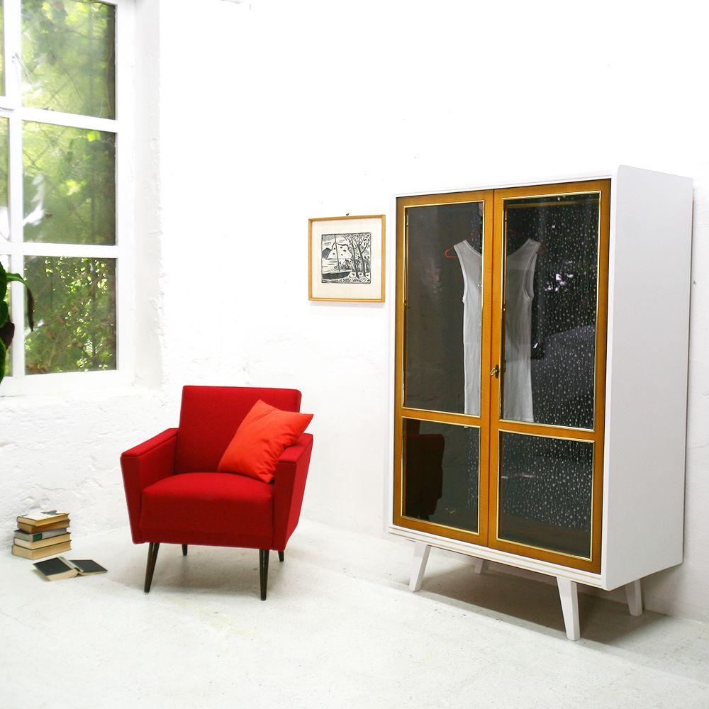 deutscher kleiderschrank mit glast ren 1950er bei pamono kaufen. Black Bedroom Furniture Sets. Home Design Ideas