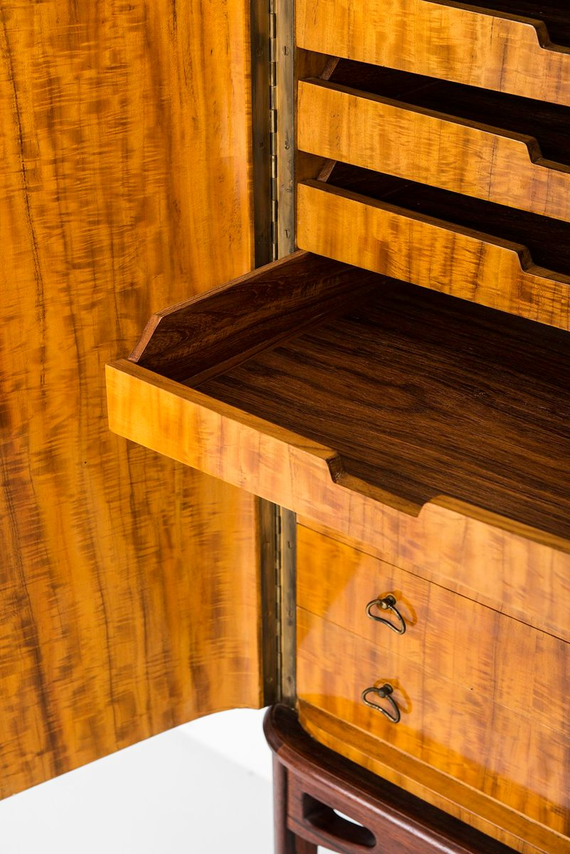 Swedish rosewood cabinet 1940s for sale at pamono for 1940s kitchen cabinets for sale