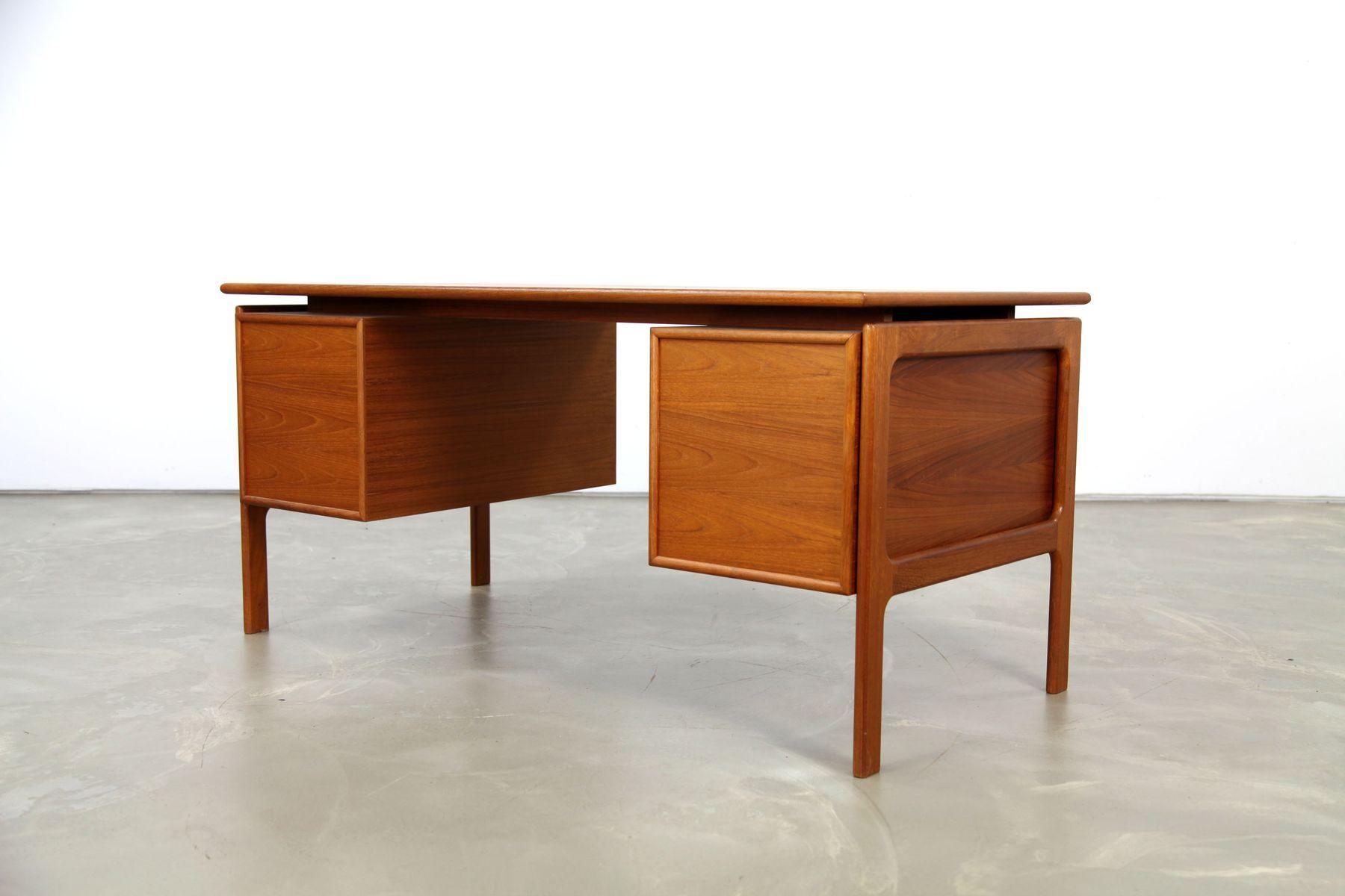 d nischer teak schreibtisch von lovig 1970er bei pamono. Black Bedroom Furniture Sets. Home Design Ideas