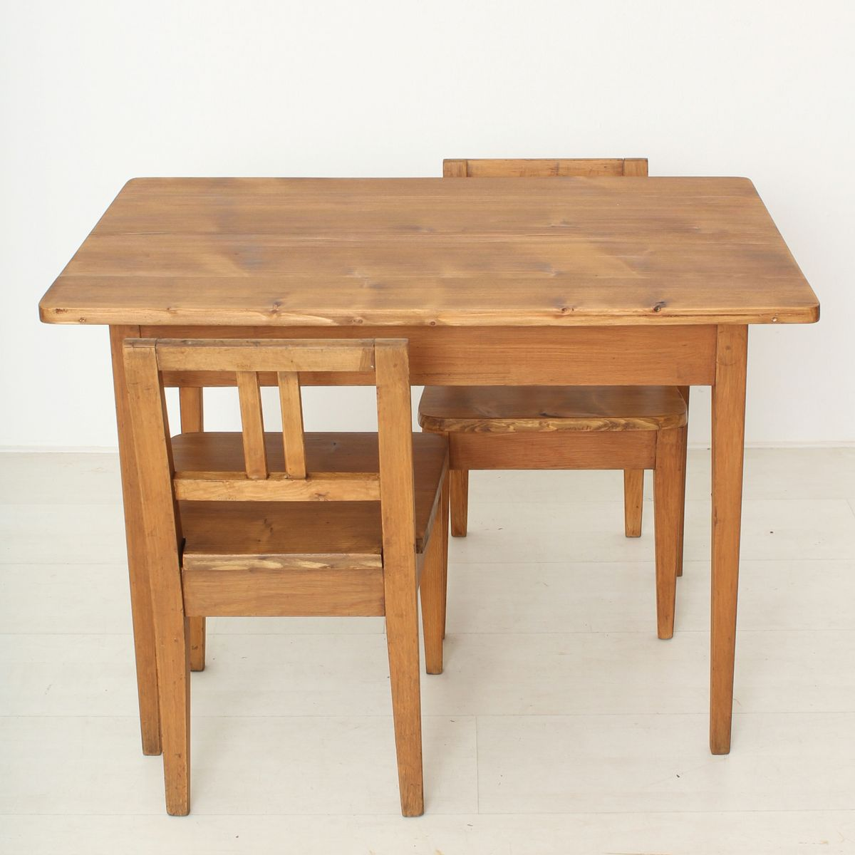 Vintage Childrenu0027s Table And Chairs, Set Of 3
