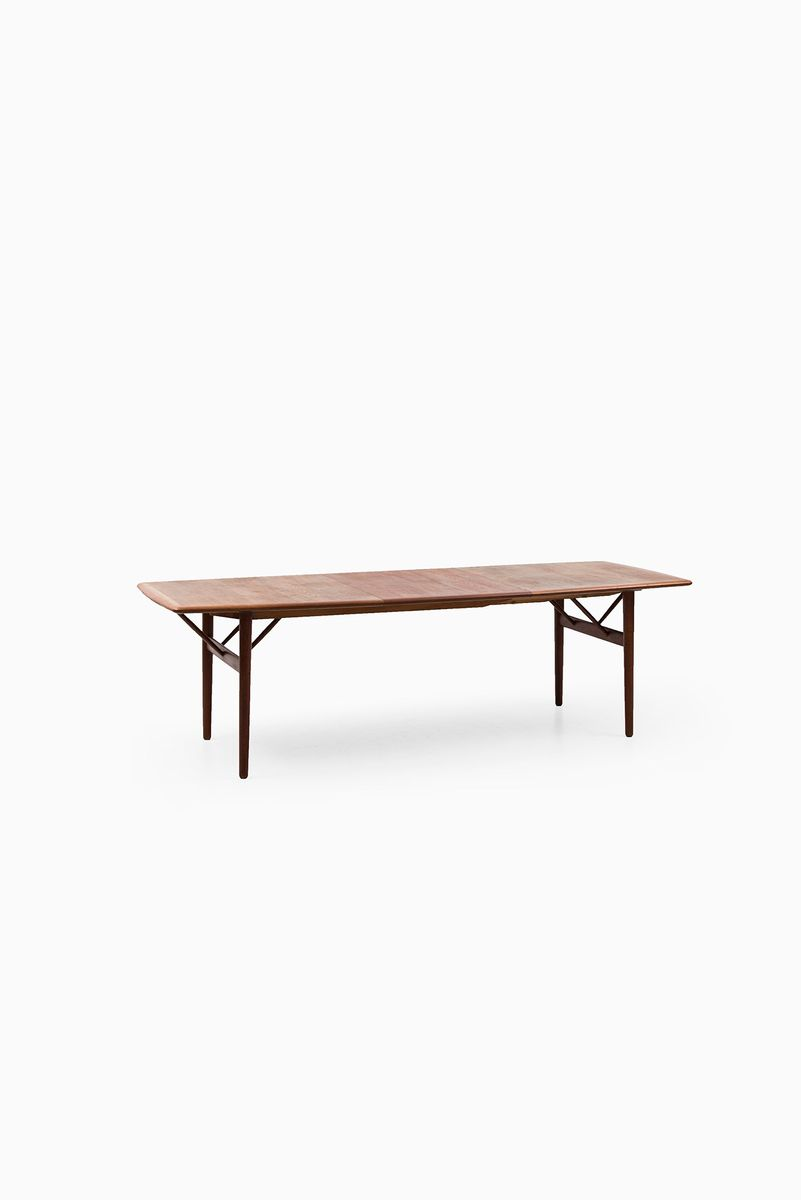 Model pd700 dining table by povl dinesen 1950s for sale for Dining table models