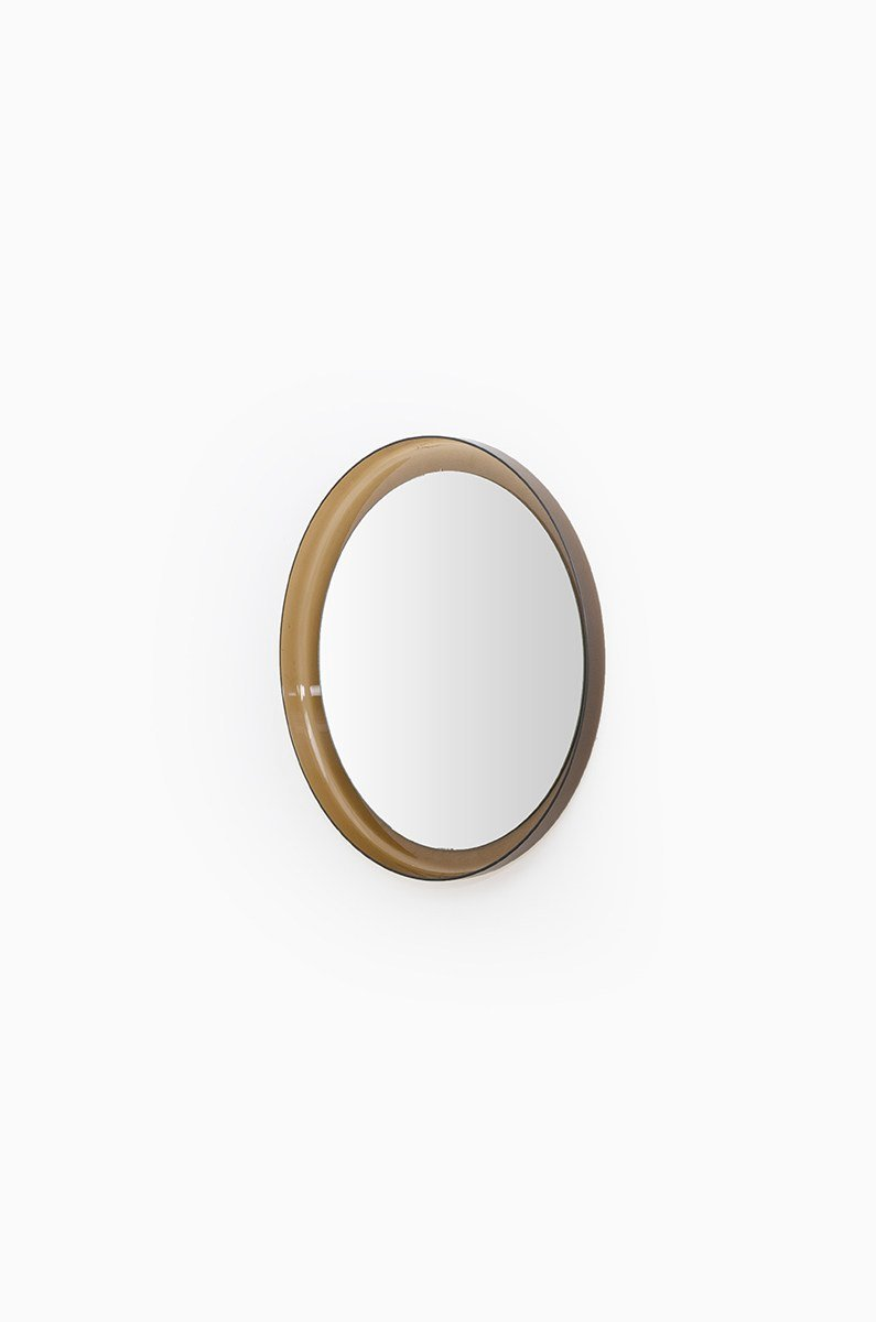 skandinavischer runder spiegel mit plastikrahmen bei pamono kaufen. Black Bedroom Furniture Sets. Home Design Ideas