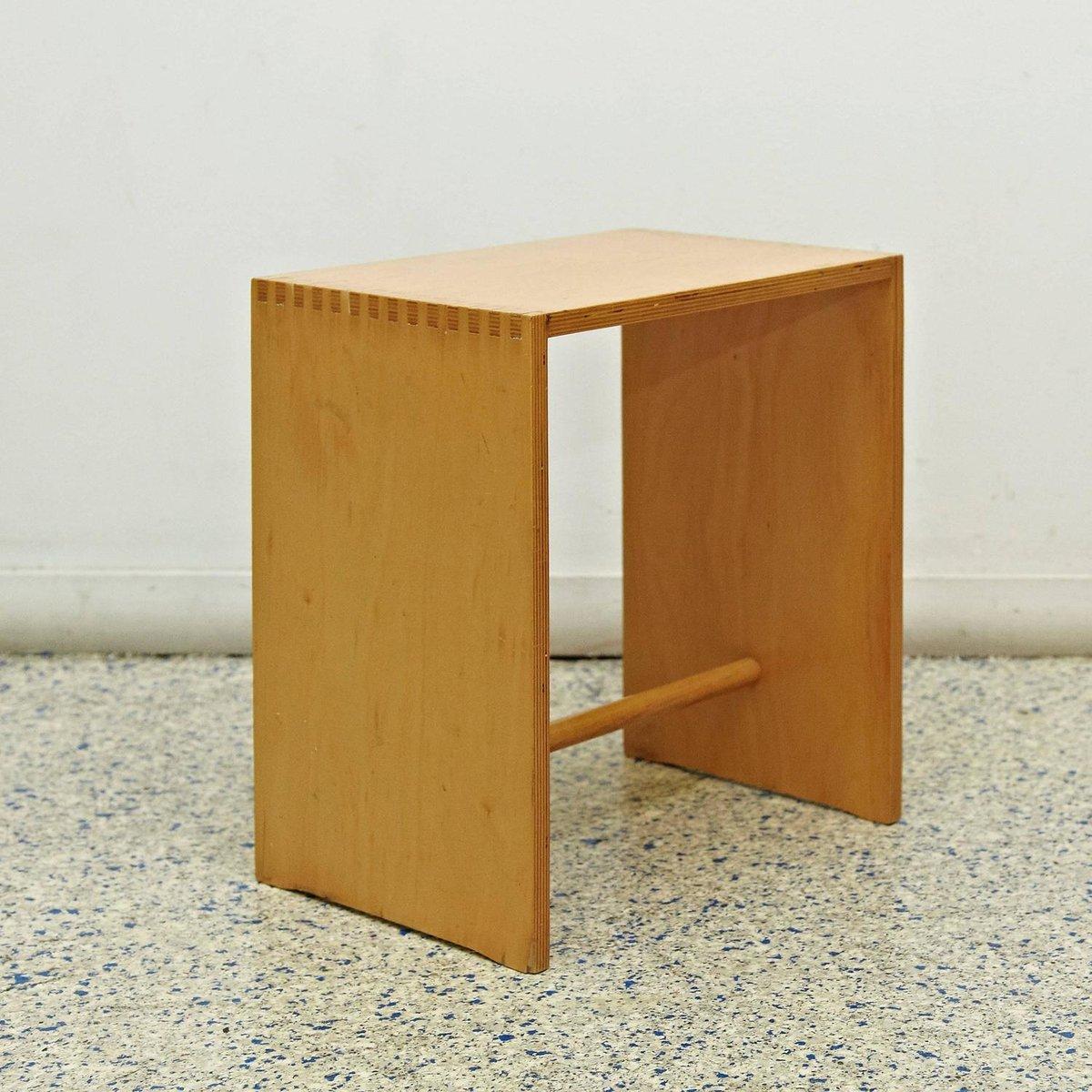 sgabillo hocker aus holz von max bill f r zanotta bei. Black Bedroom Furniture Sets. Home Design Ideas