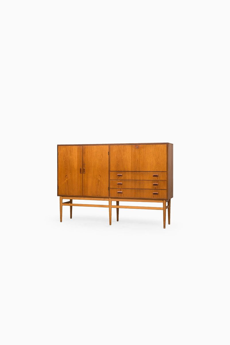Danish teak sideboard with oak legs 1950s for sale at pamono for Sideboard qr