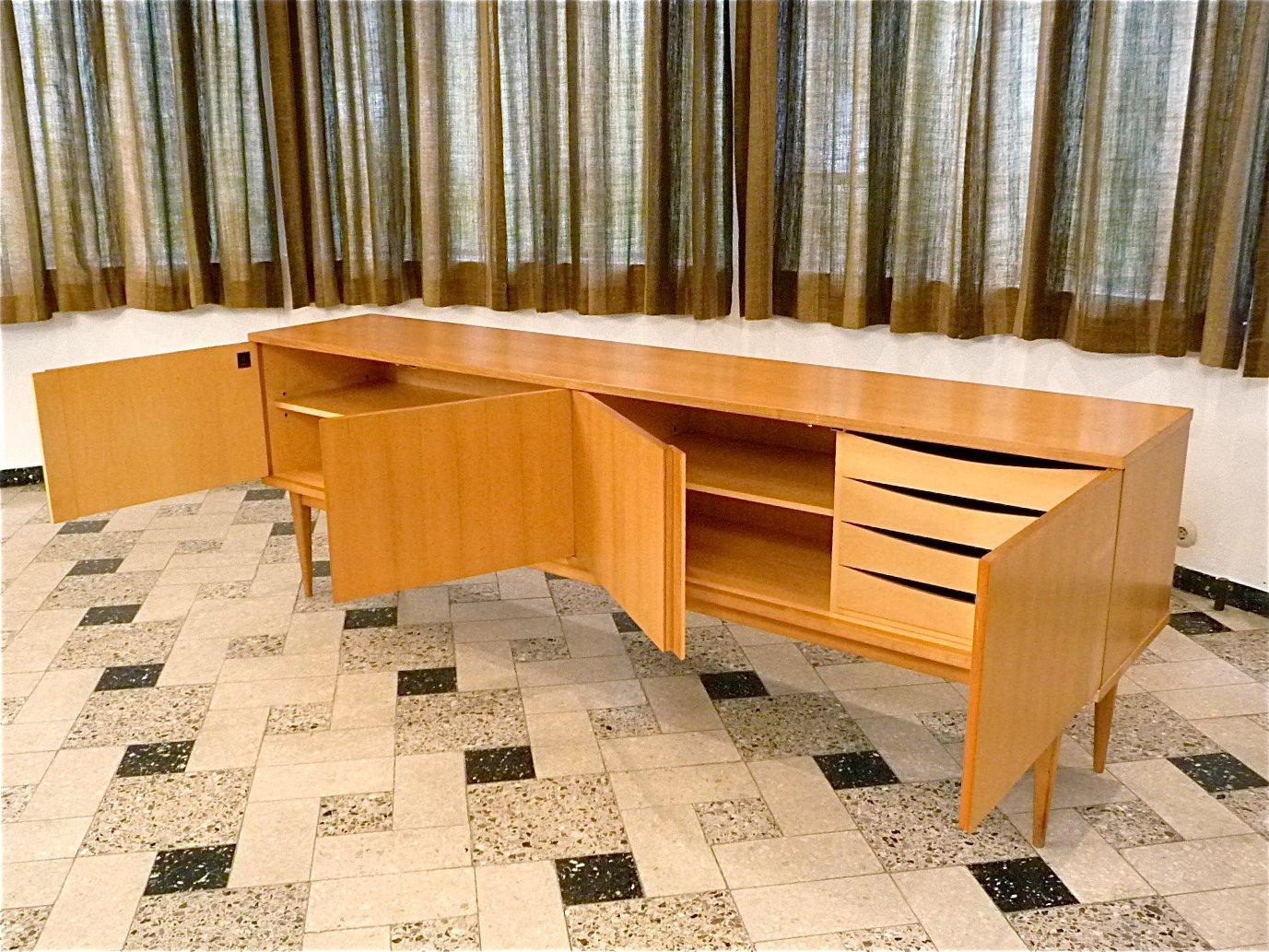 gro es deutsches sideboard von wk m bel 1960er bei pamono. Black Bedroom Furniture Sets. Home Design Ideas