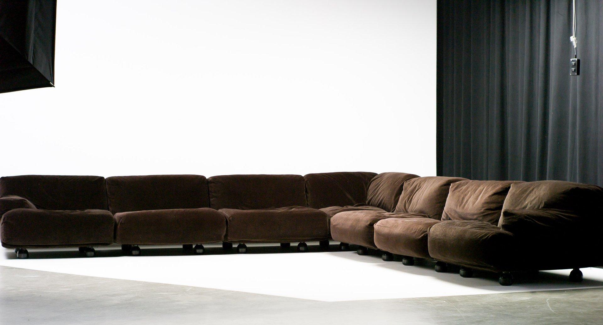 large modular fiandra sofa by vico magistretti for cassina. Black Bedroom Furniture Sets. Home Design Ideas