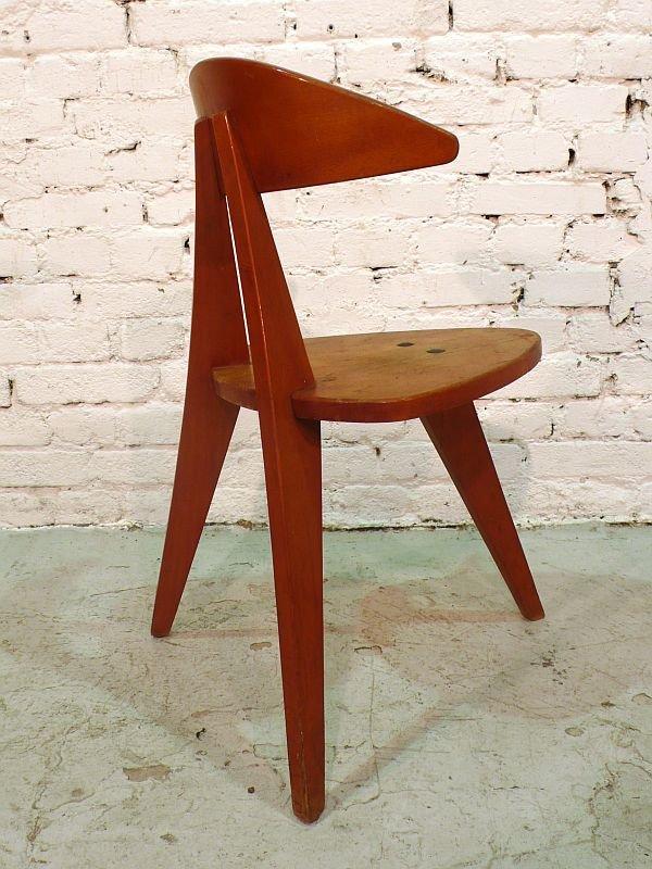 Chaise trois pieds par walter papst pour wilkhahn 1955 for Chaise 3 pieds