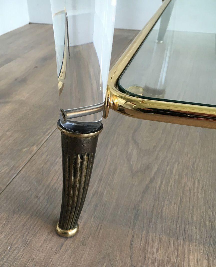 Vintage Couchtisch aus Plexiglas & Vergoldetem Metall bei