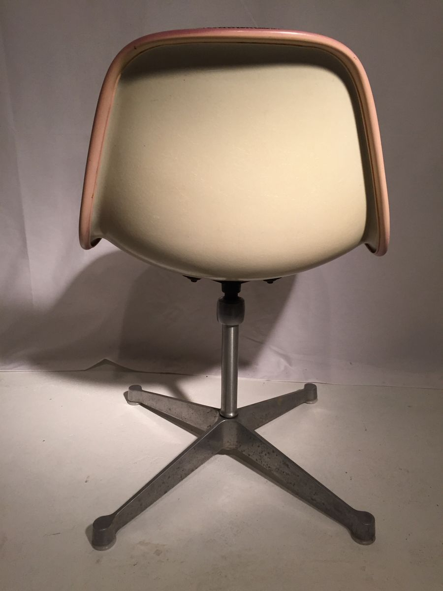 Brown Fiberglass Shell Chair By Charles U0026 Ray Eames For Herman Miller
