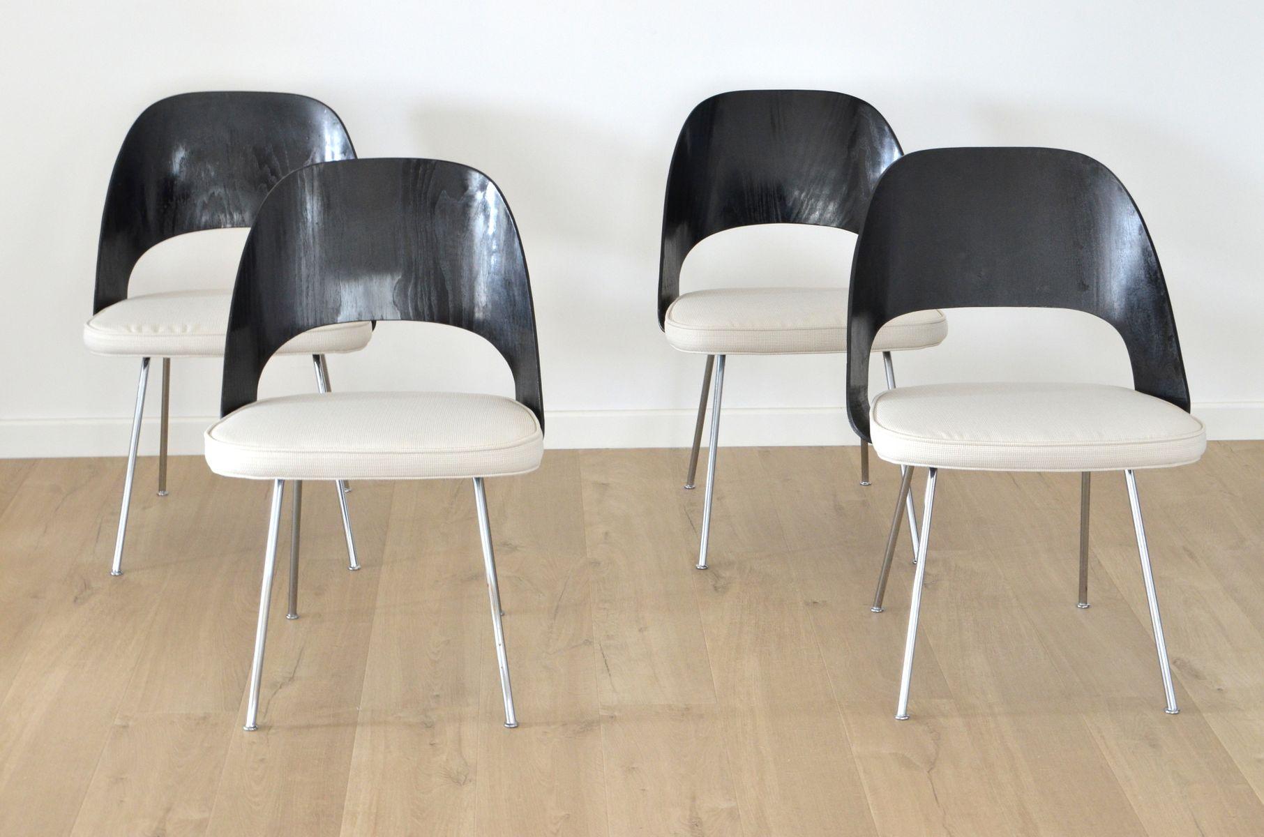 Chaises de salle manger en bois par eero saarinen pour knoll international etats unis 1960s - Tavolo saarinen knoll originale ...