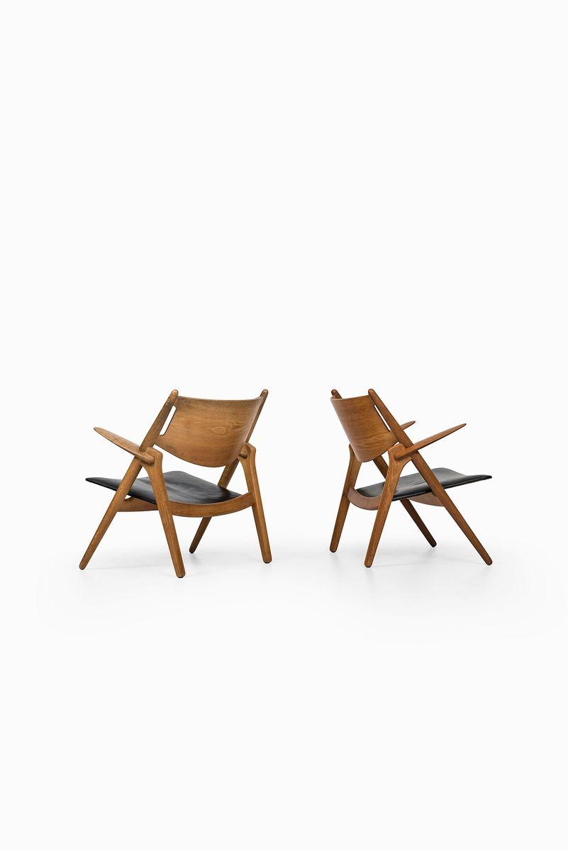 CH 28 Easy Chairs By Hans Wegner For Carl Hansen U0026 Søn, Set Of 2