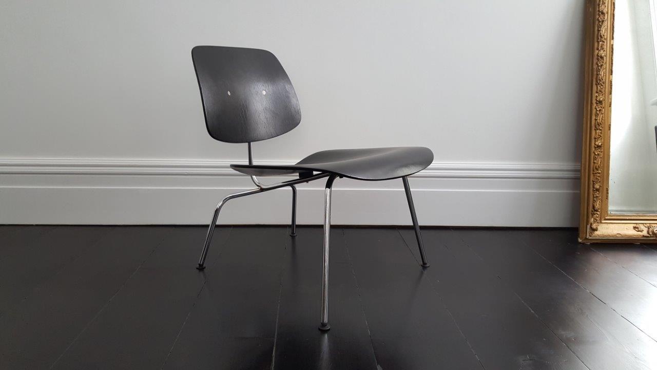 mid century lcm recliner stuhl von charles ray eames f r herman miller bei pamono kaufen. Black Bedroom Furniture Sets. Home Design Ideas
