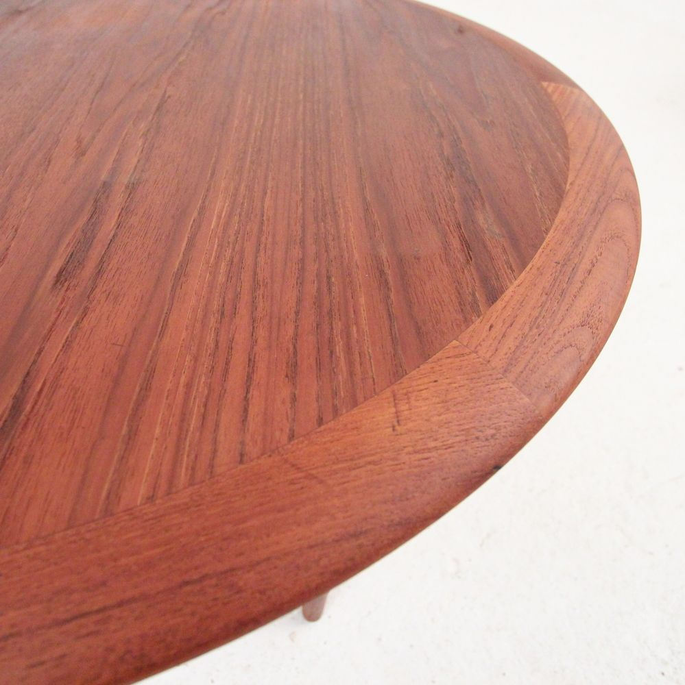 Danish round teak coffee table for sale at pamono for Round teak table top