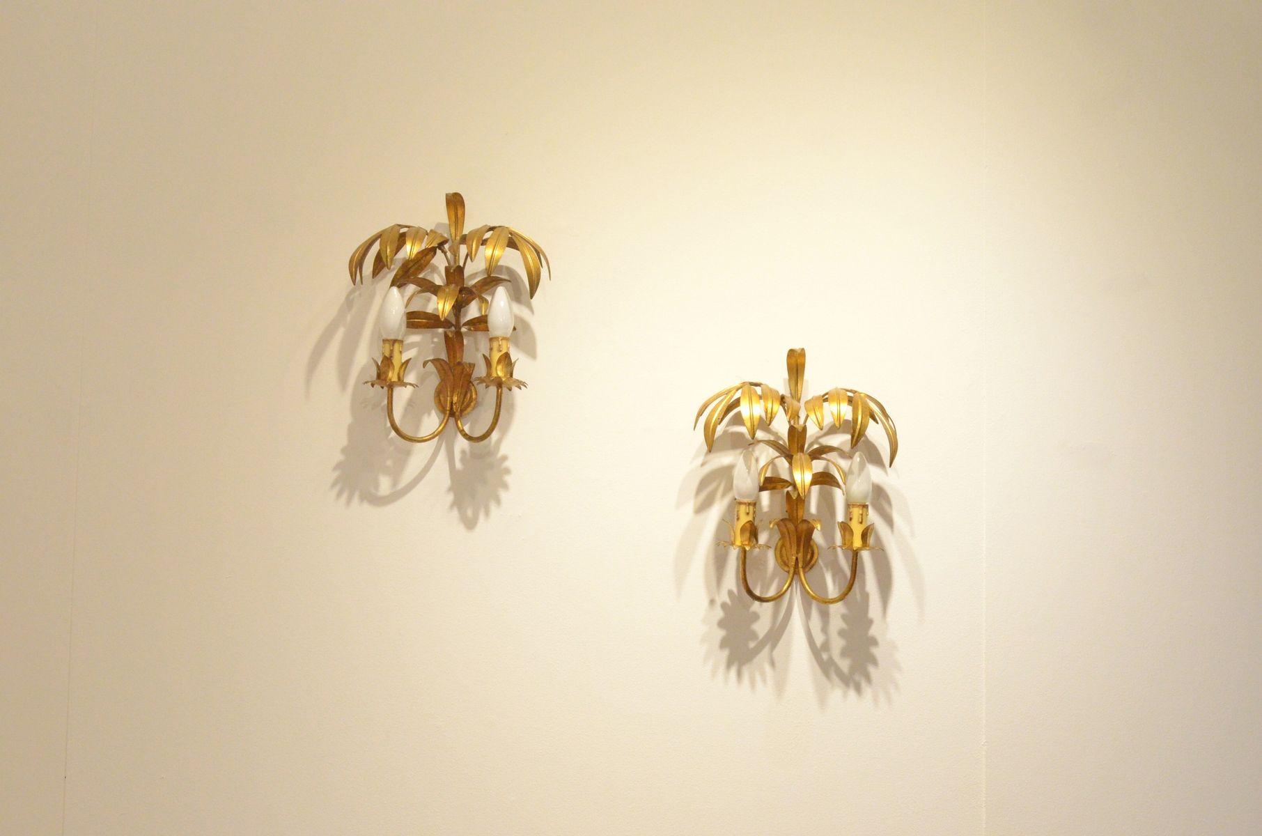 Golden Metal Palm Tree Wall Sconces, 1950s, Set of 2 for sale at Pamono