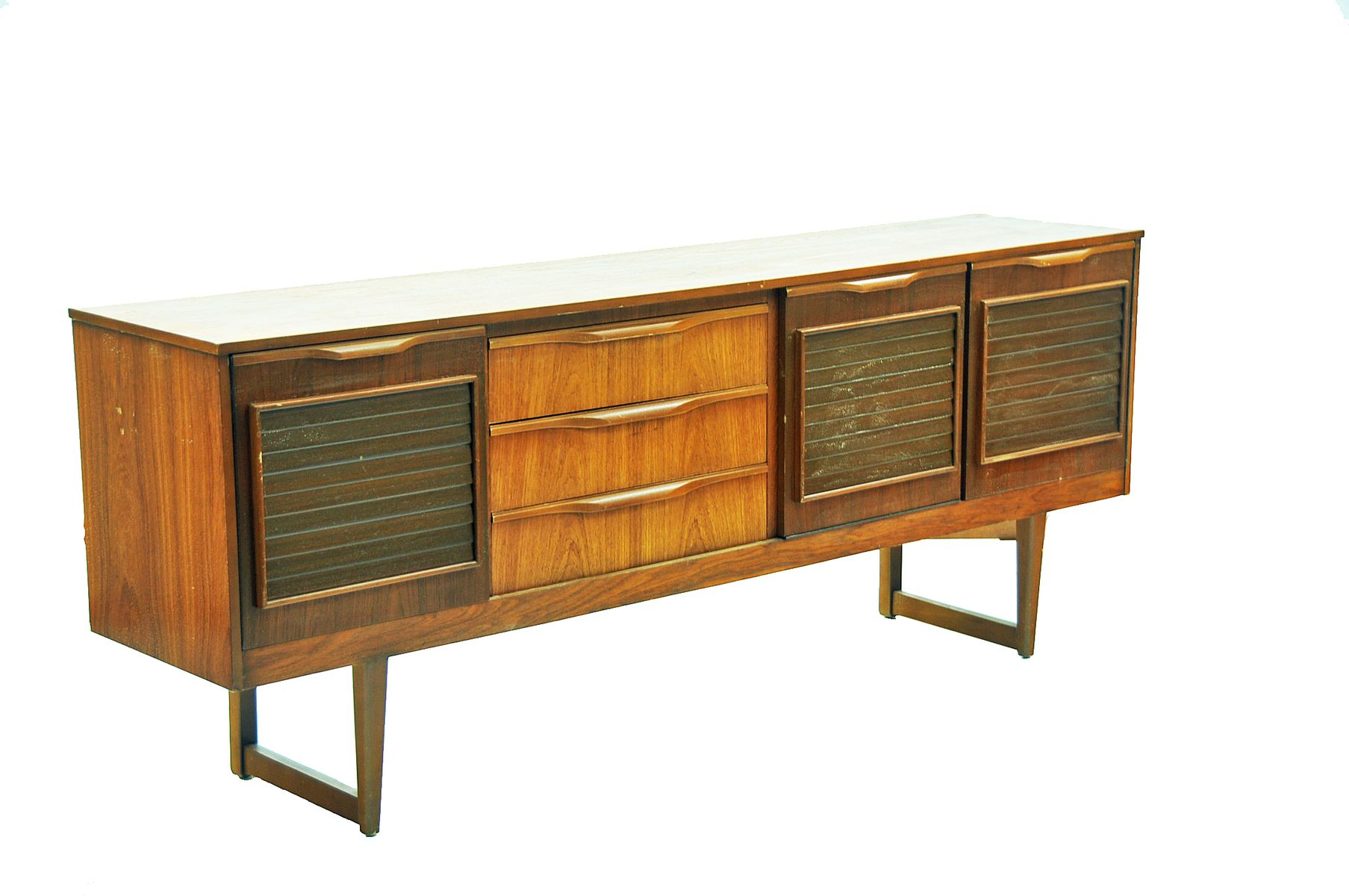 Bicolored oak sideboard 1960s for sale at pamono for Sideboard 2 50 m