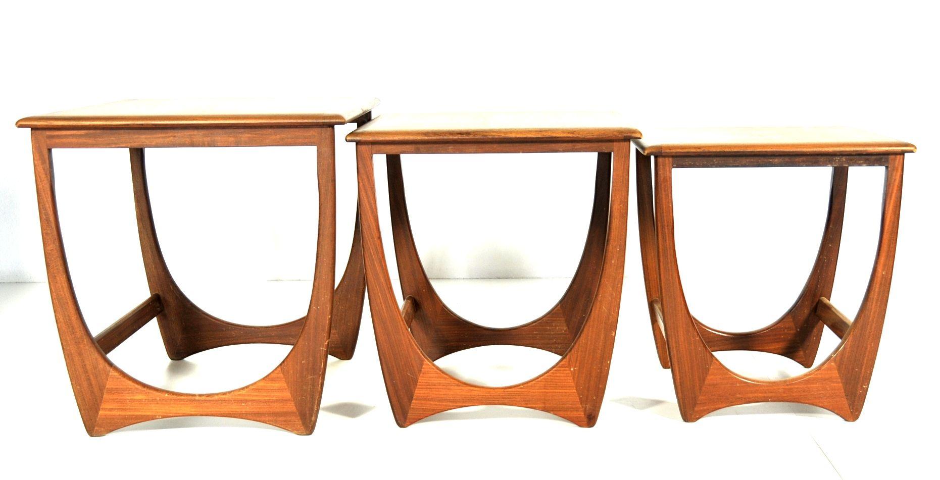 tables gigogne astro series de g-plan, set de 3 en vente sur pamono