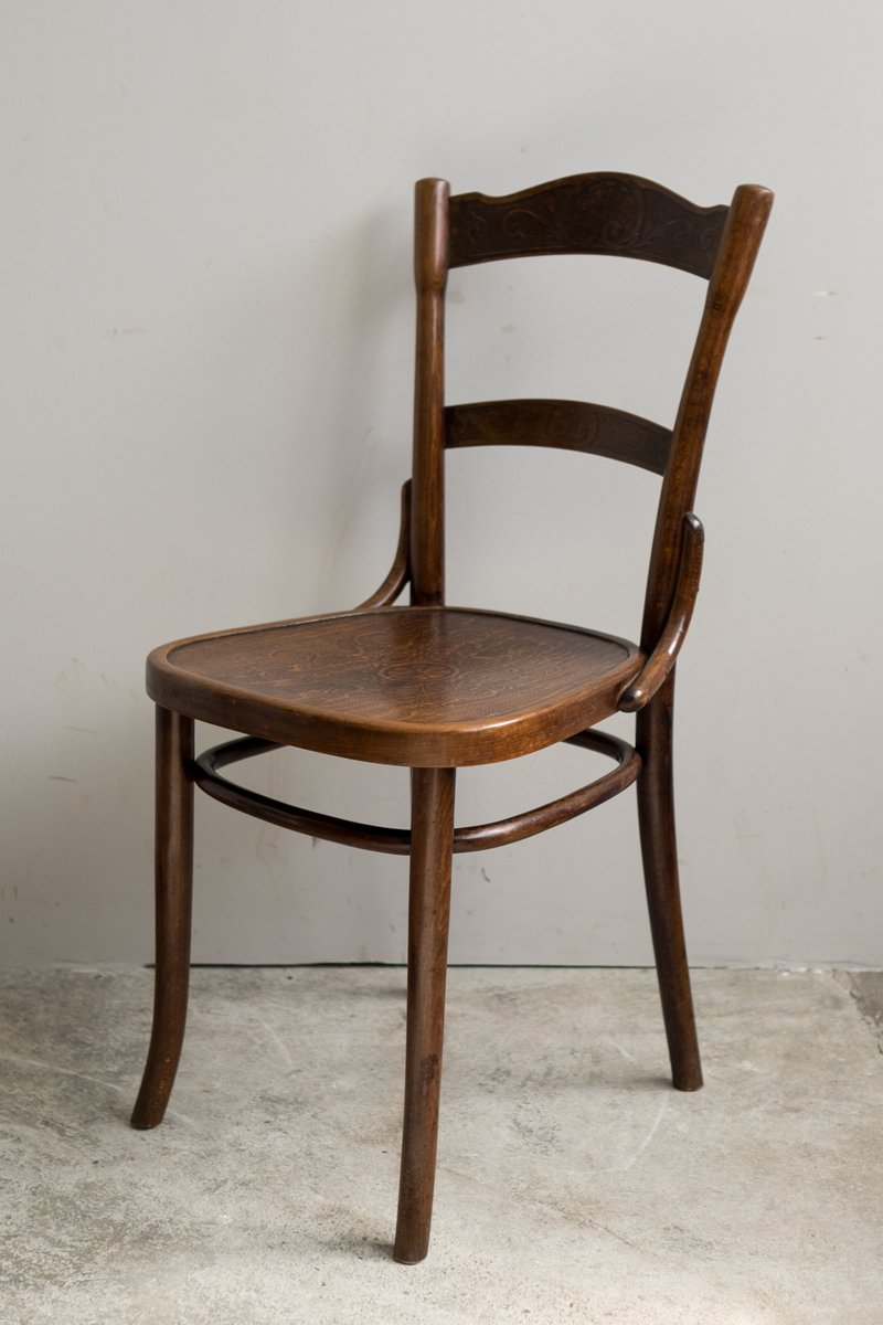 Antique high chair bentwood - Thonet Chairs Vintage Antique Bentwood Chairs From Thonet Set Of 6 For Sale At