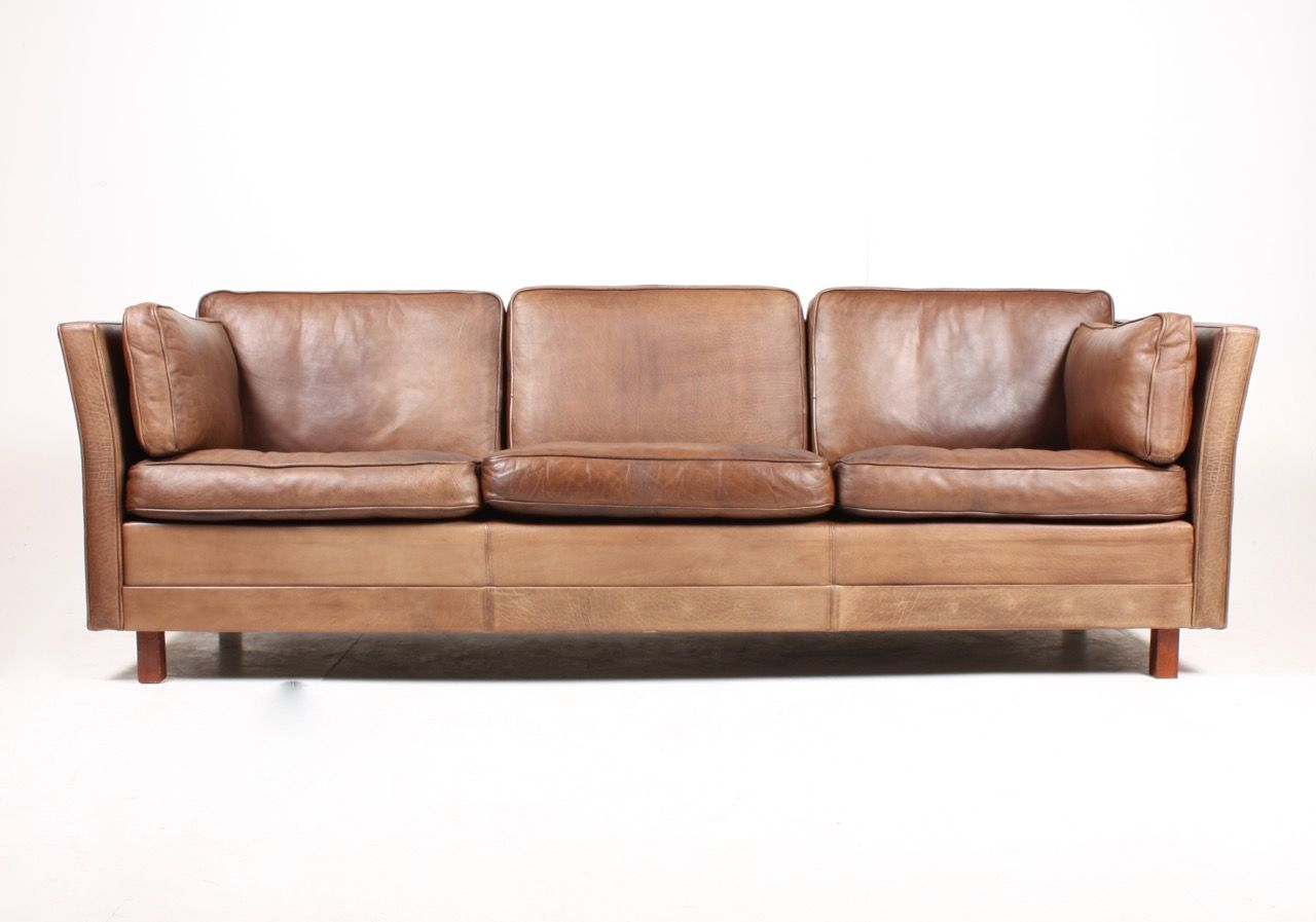 danish three seater brown leather sofa 1980s for sale at pamono. Black Bedroom Furniture Sets. Home Design Ideas