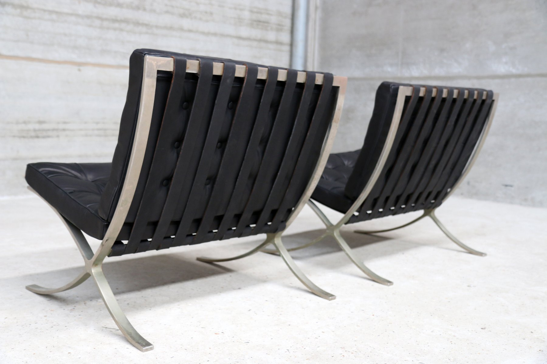 Mies van der rohe chair - Vintage Barcelona Chairs By Ludwig Mies Van Der Rohe For Knoll Set Of 2 For Sale At Pamono