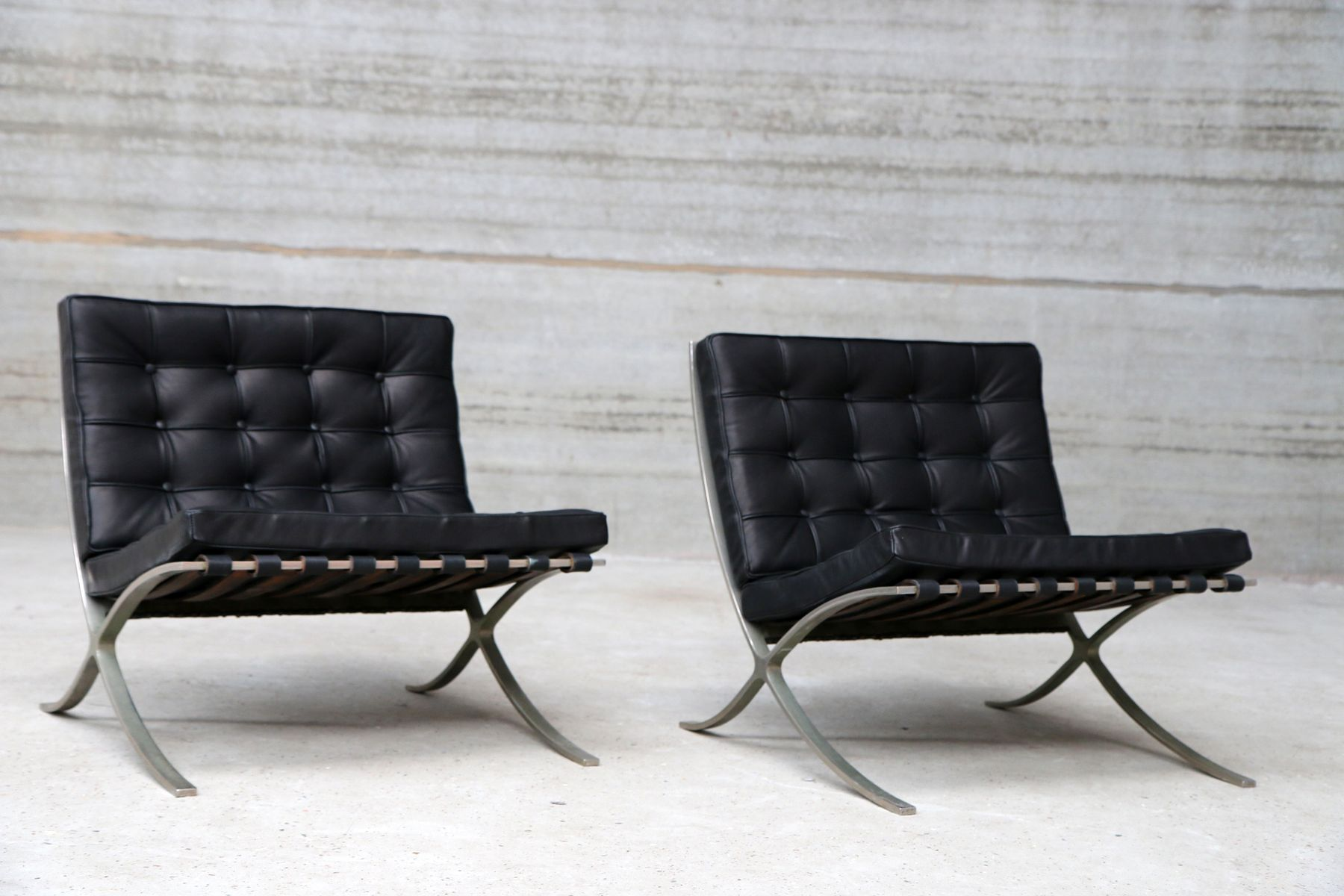 vintage barcelona chairs by ludwig mies van der rohe for. Black Bedroom Furniture Sets. Home Design Ideas