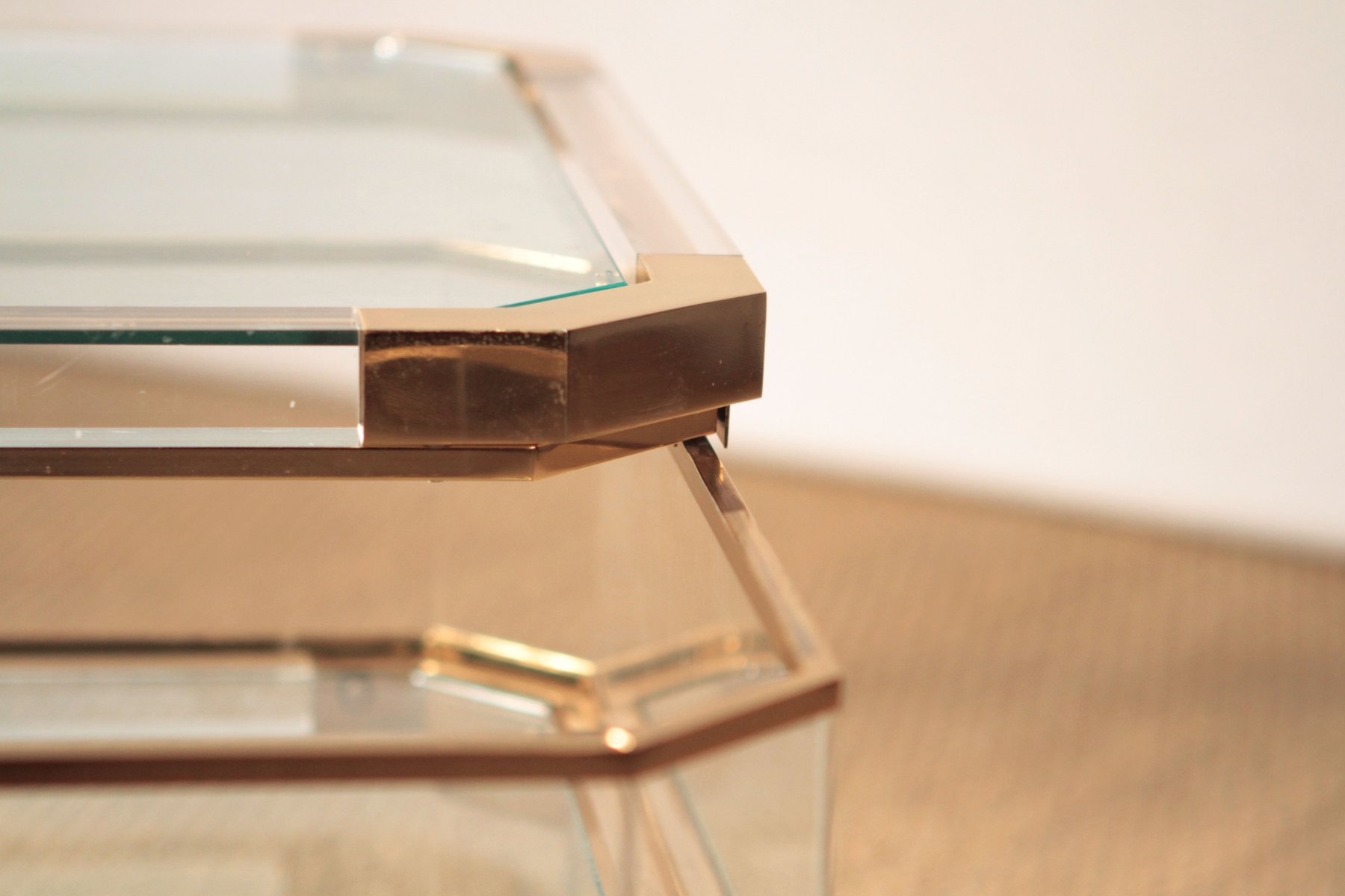 Vintage French Brass & Plexiglas Coffee Table from Roche Bobois, 1970s fo -> Table Basse Plexiglass