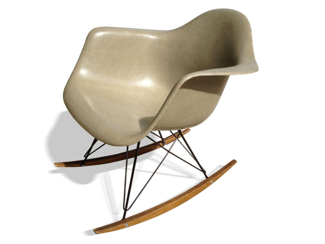 beige rar rocking chair by charles ray eames for herman. Black Bedroom Furniture Sets. Home Design Ideas