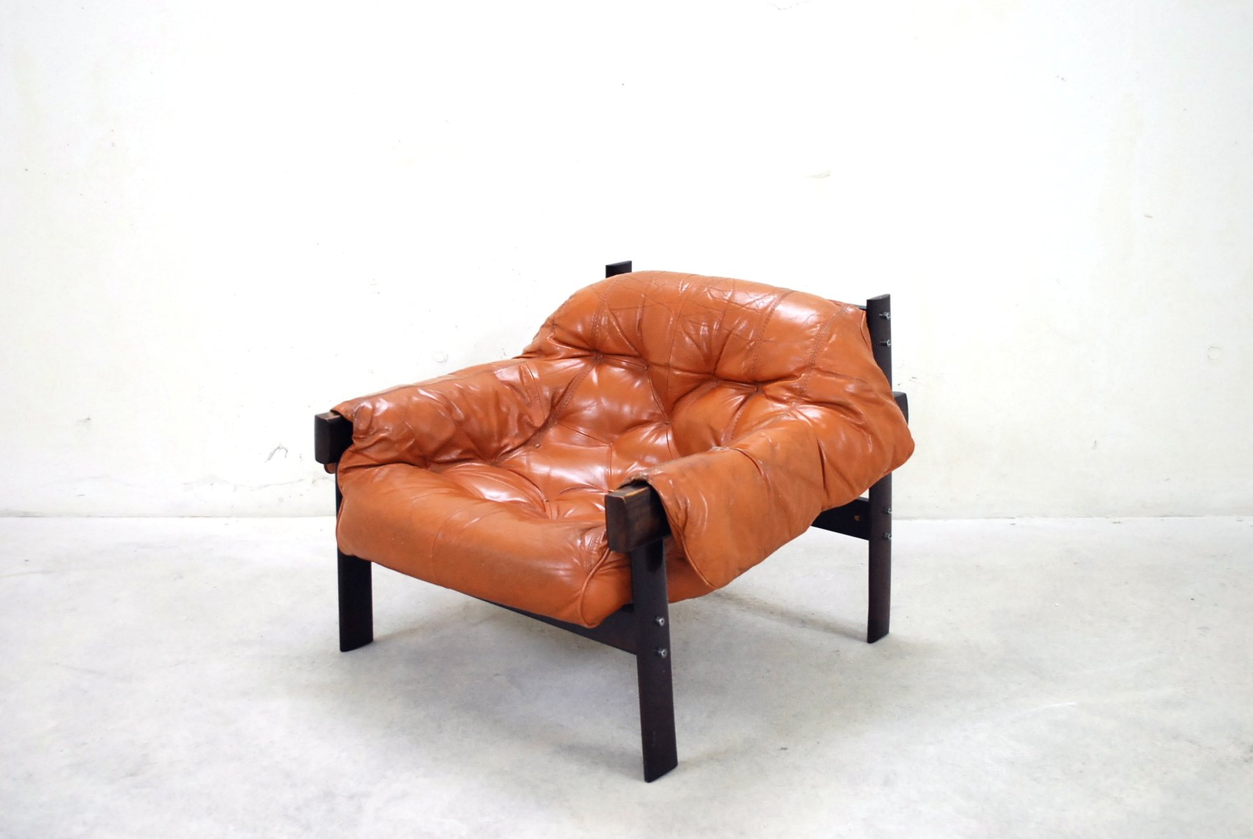 brazilian leather lounge chair by percival lafer for sale at pamono - brazilian leather lounge chair by percival lafer