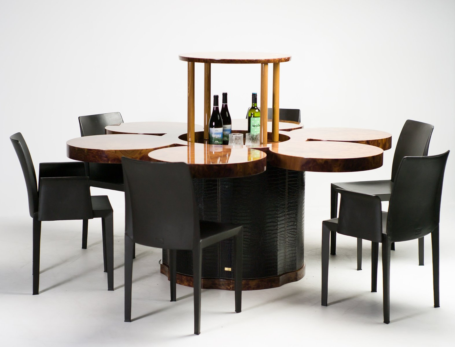 One off dining table with built in lift by formitalia for Built in dining table