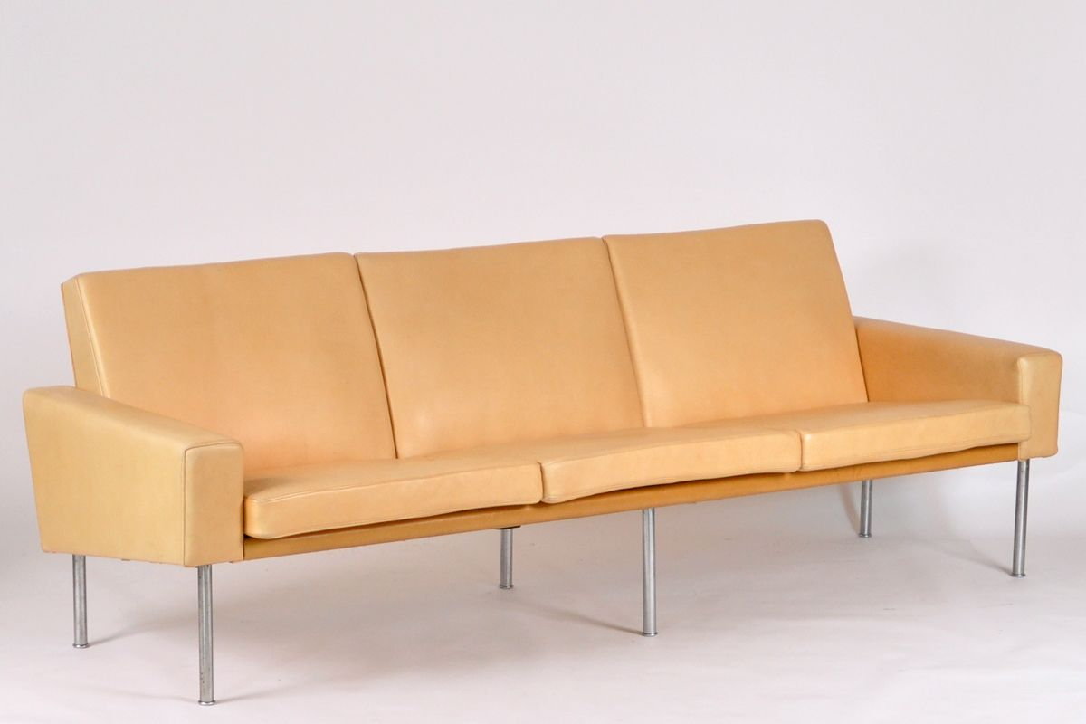 ap3 sofa by hans j wegner for a p stolen for sale at pamono. Black Bedroom Furniture Sets. Home Design Ideas