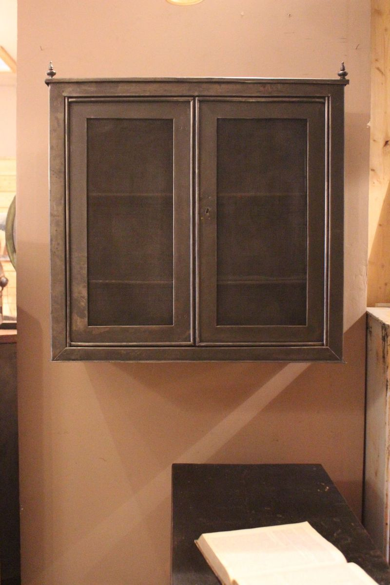 French Metal Pantry Cabinet, 1930s - French Metal Pantry Cabinet, 1930s For Sale At Pamono