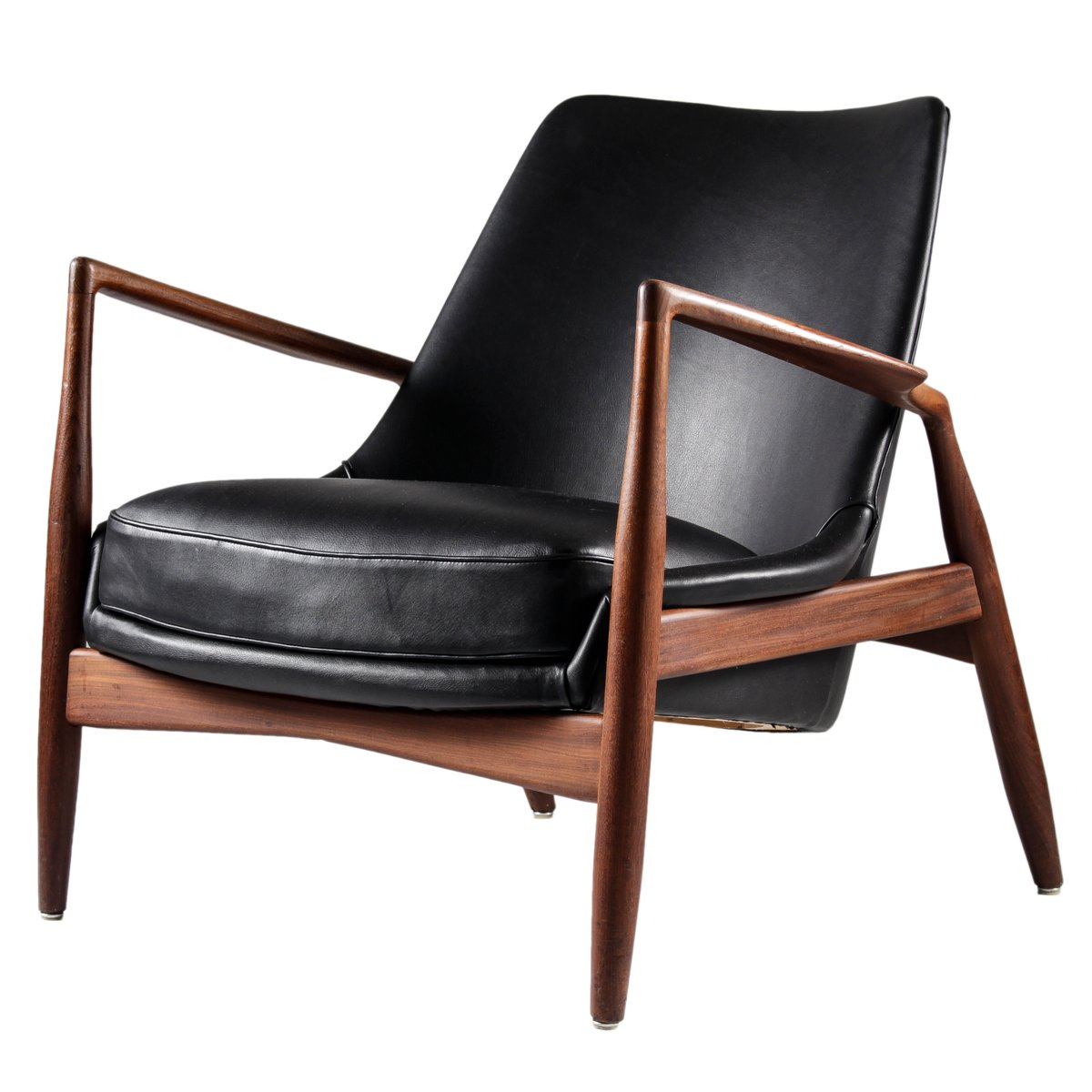 This sculptural pair of lounge chairs by ib kofod larsen is no longer - Black Leather Seal Chair By Ib Kofod Larsen For Ope M Bler