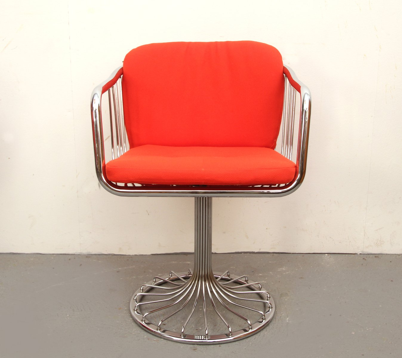 Chromed Tulip Wire Swivel Chairs 1970s Set Of 4 For Sale