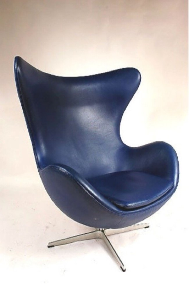 Arne Jacobsen Egg Chair Blue