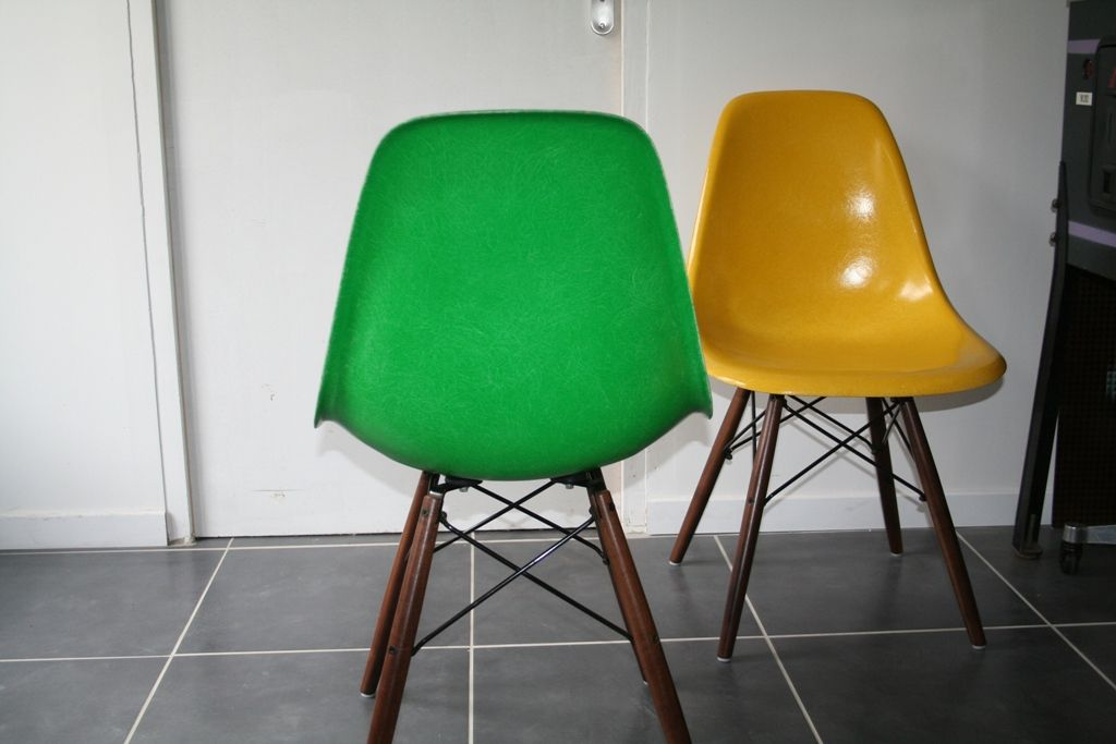 american kelly green dsw chair by charles ray eames for herman