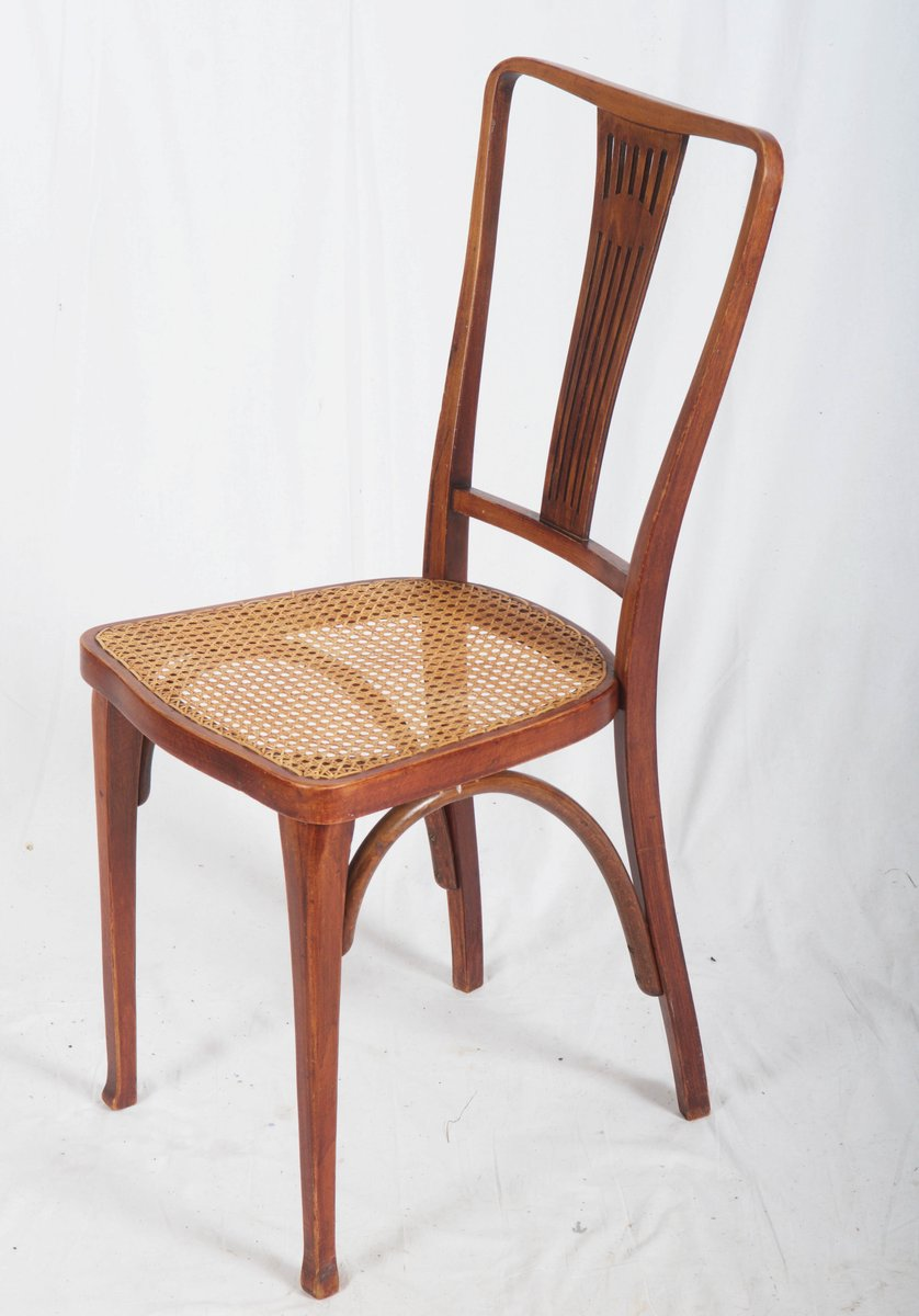 antique art nouveau beech and cane thonet chairs from thonet for sale at pamono. Black Bedroom Furniture Sets. Home Design Ideas