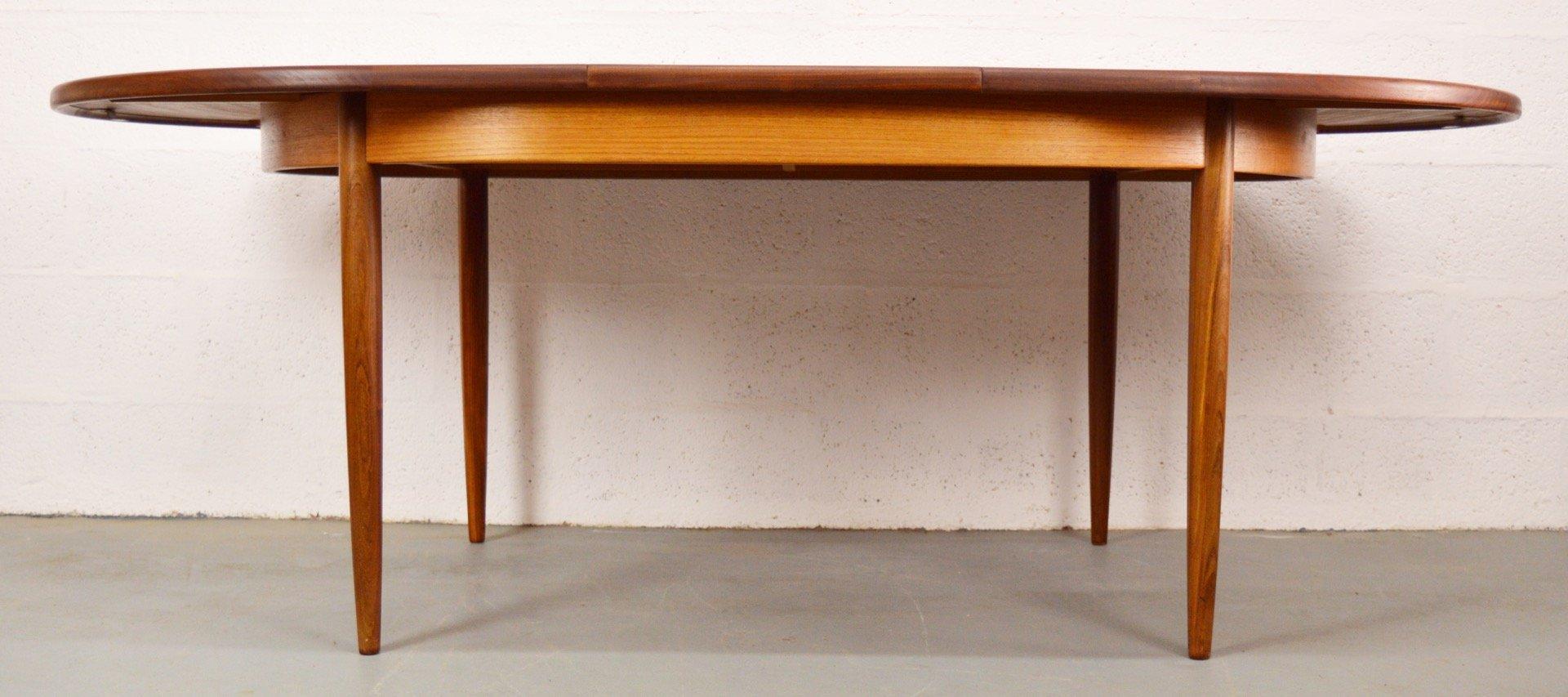 table de salle manger ovale extensible fresco mid. Black Bedroom Furniture Sets. Home Design Ideas