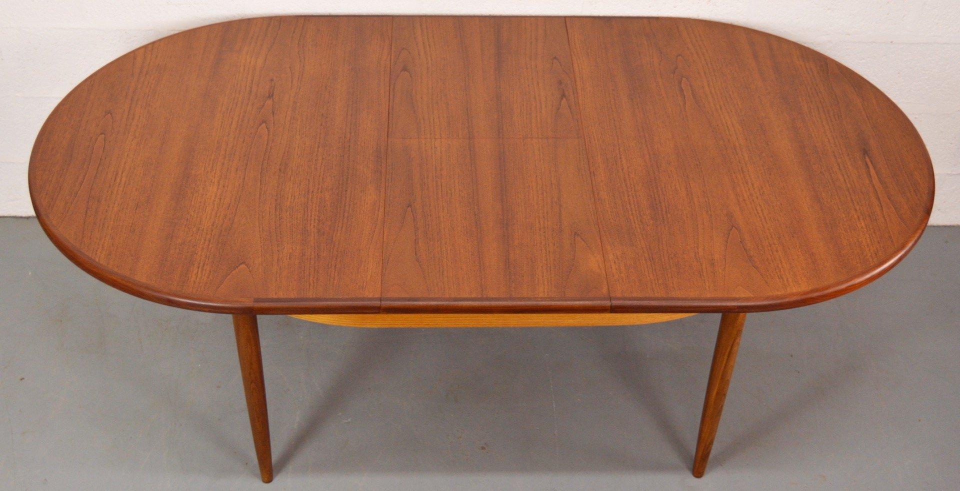 table de salle manger ovale extensible fresco mid century en teck de g plan angleterre 1960s. Black Bedroom Furniture Sets. Home Design Ideas