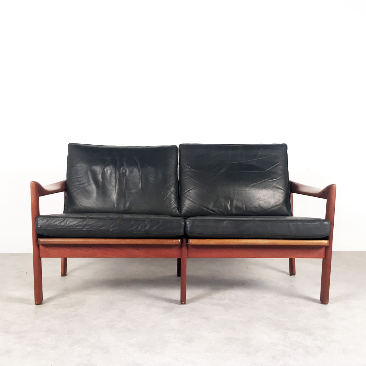 Mid Century Sofa By Illum Wikkels For Niels Eilersen For Sale At Pamono