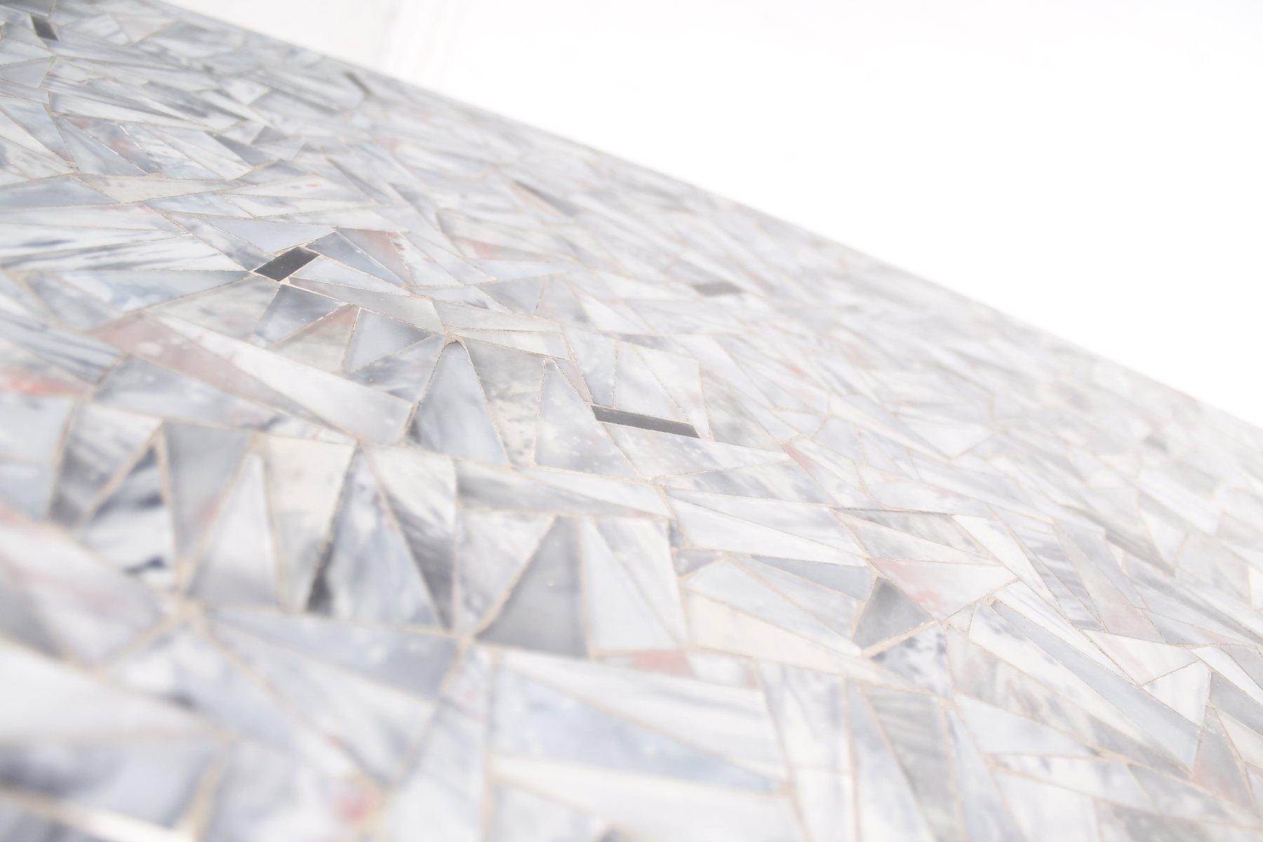 Glas Mosaik & Messing Couchtisch, 1950er bei Pamono kaufen