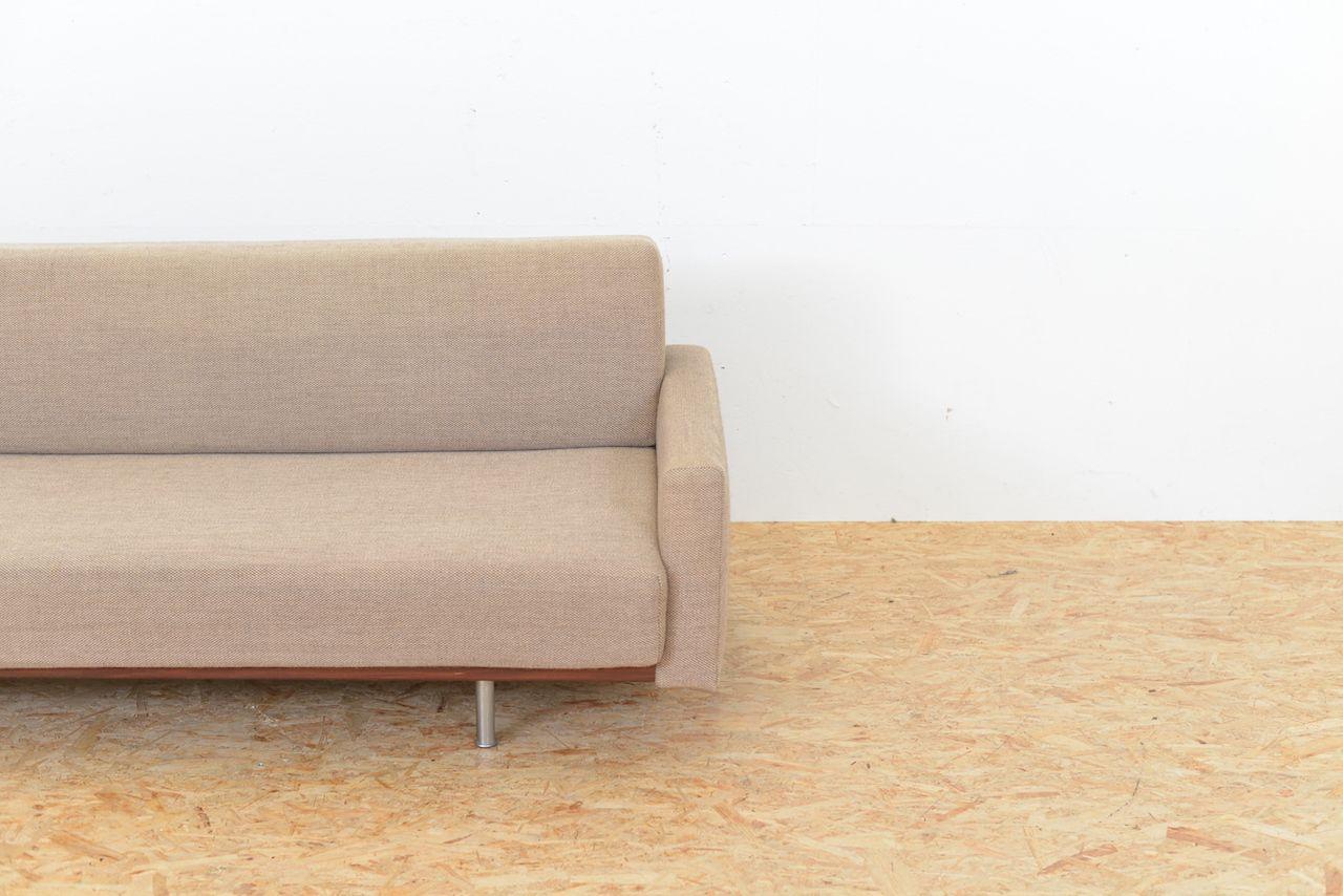 sofa mit stoffbezug und armlehnen 1960er bei pamono kaufen. Black Bedroom Furniture Sets. Home Design Ideas
